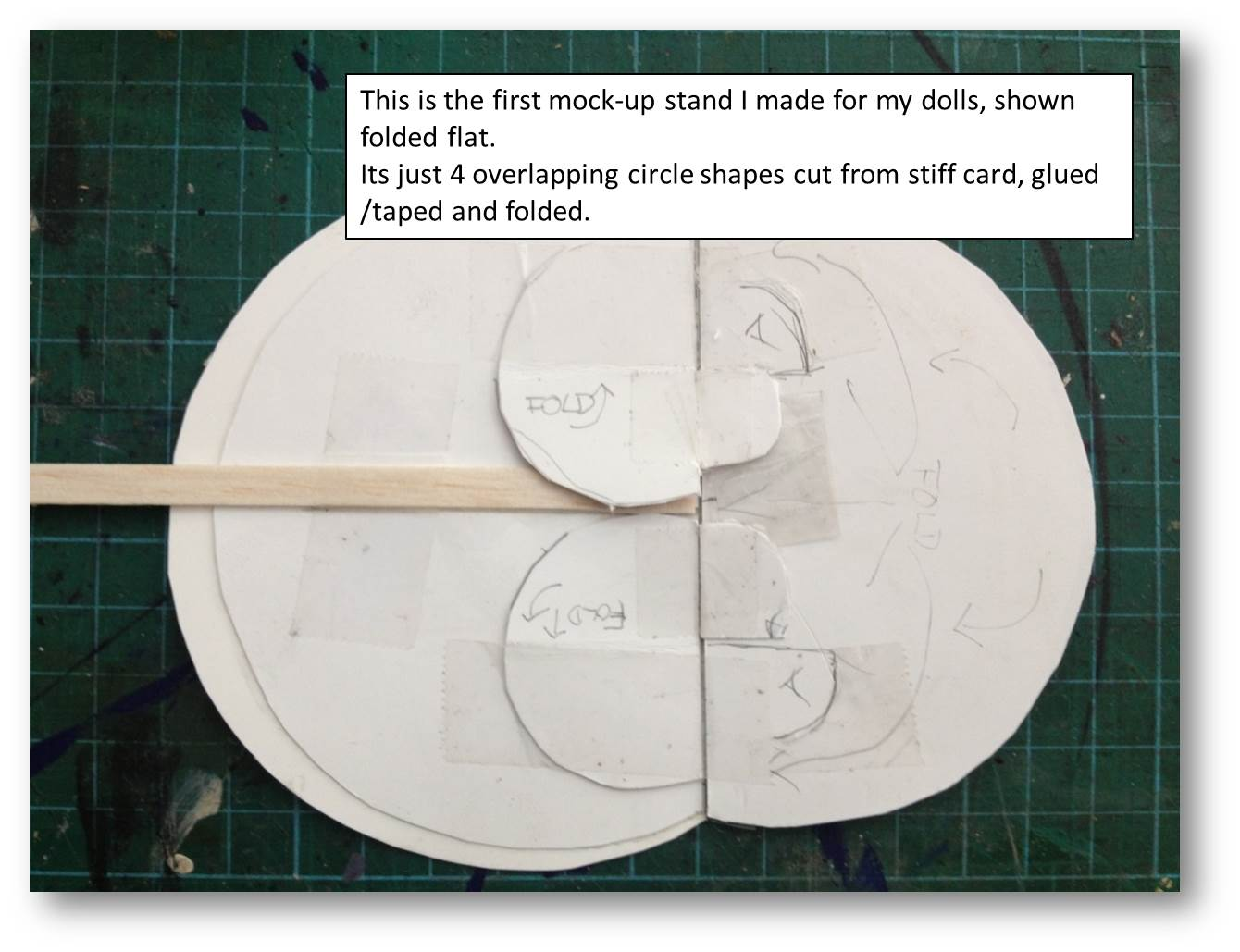 artworkerprojects.paperdollstand.tutorial.1.1.jpg