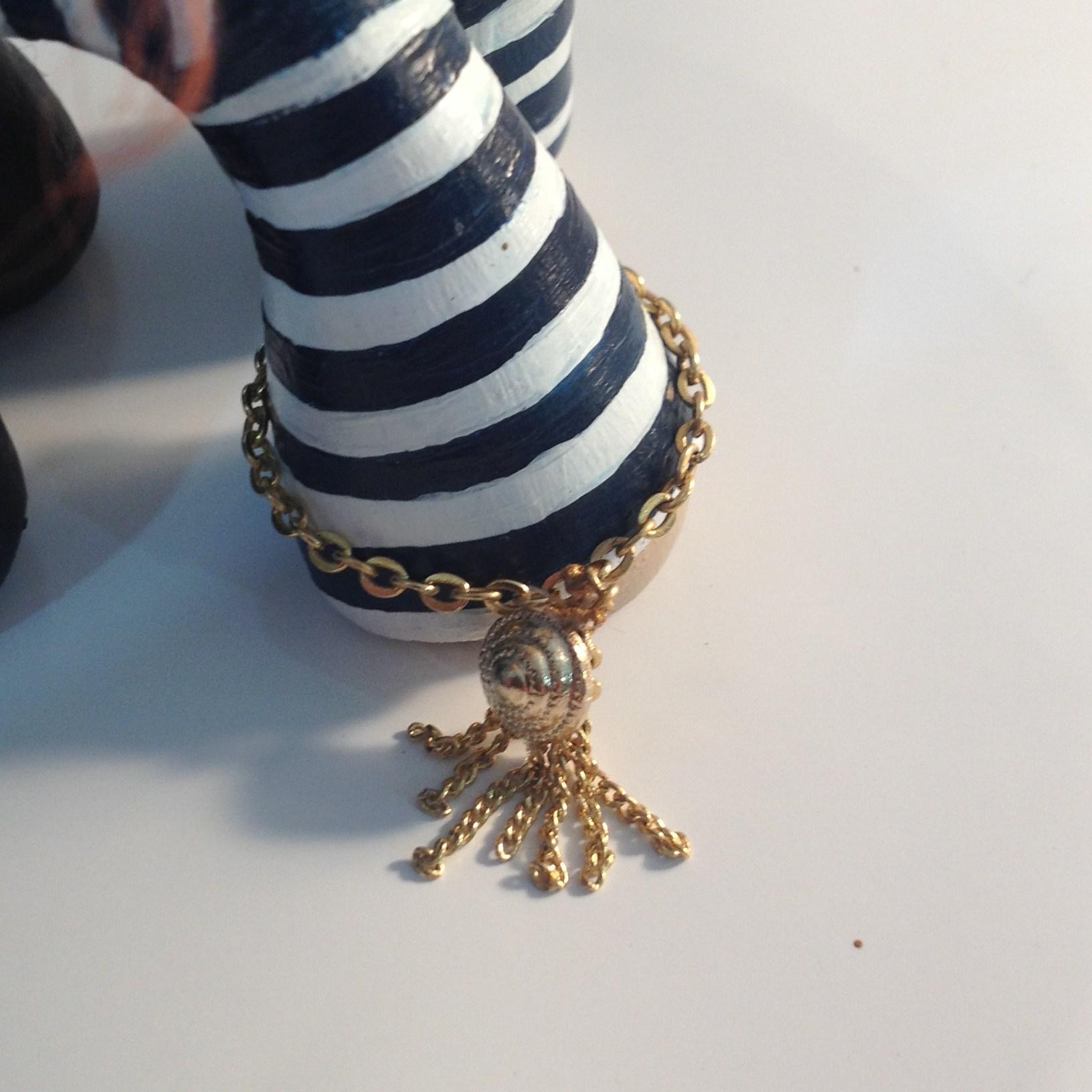 awp.braceletdetail.2.JPG