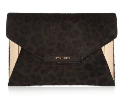 givenchy antigona envelopeclutch via netaporter.JPG