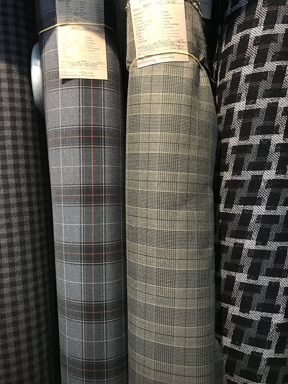 So Ive been fabric stalking. I'd like some tweedy plaid pants