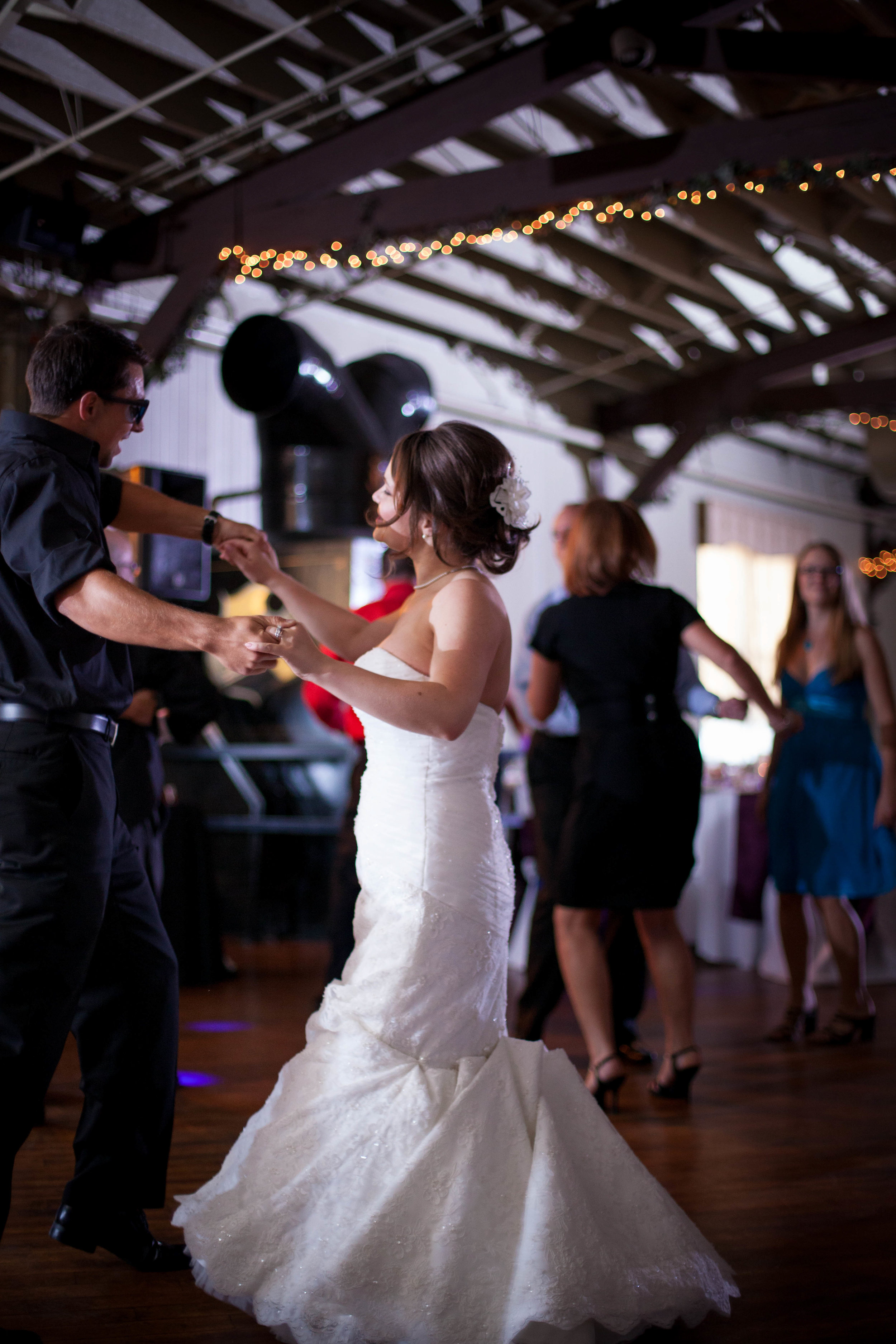 Reception Dancing (20 of 28).jpg