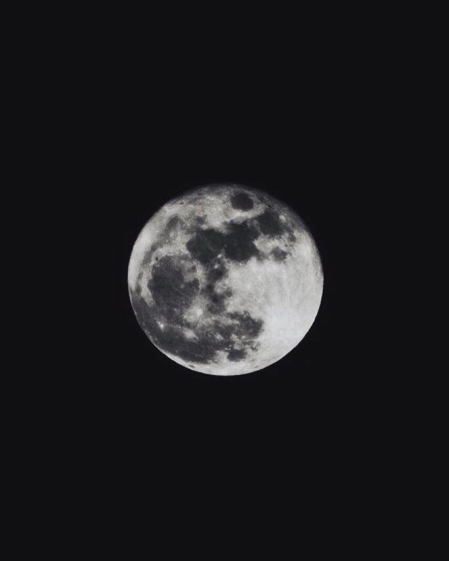 Full.  A beautiful full moon lights this year's Christmas night.  #fujifilm #Fuji #fujifilmxpro1 #200mm #tokina #tokina200 #adaptedlens #fdmount #moon #fullmoon #moonshot #fullmoonshine #christmasmoon #christmasmoon2015 #star #astrophotography #starshots #night #nightphotography