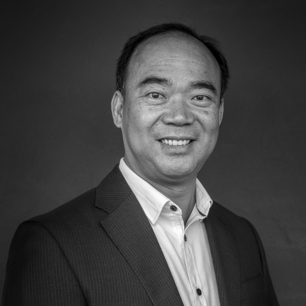 <p><strong>Ben Ly, </strong>Chief Financial Officer<i>More →</i></p>