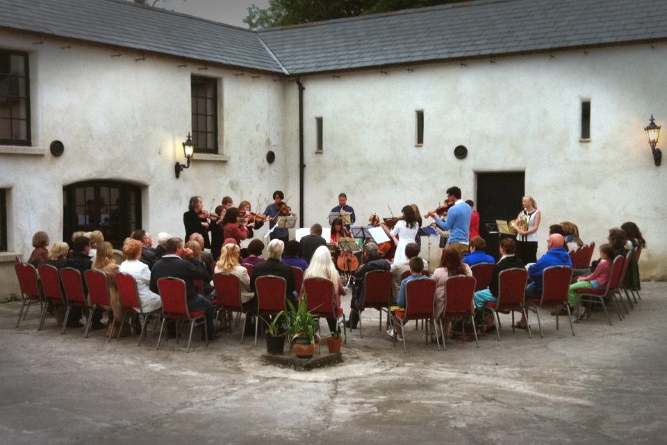 SBO performing in the courtyard of Glebe House