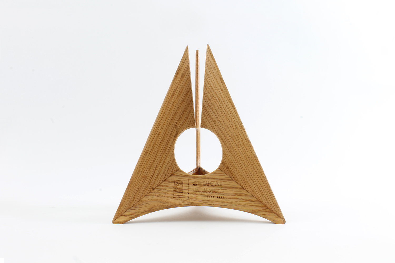 American_Hardwood_Furniture_Design.JPG