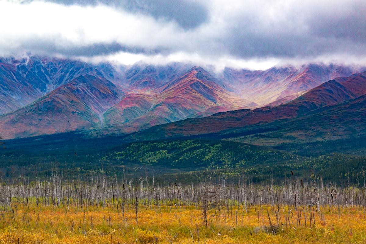 Richardson Hwy, approaching Rainbow Ridge