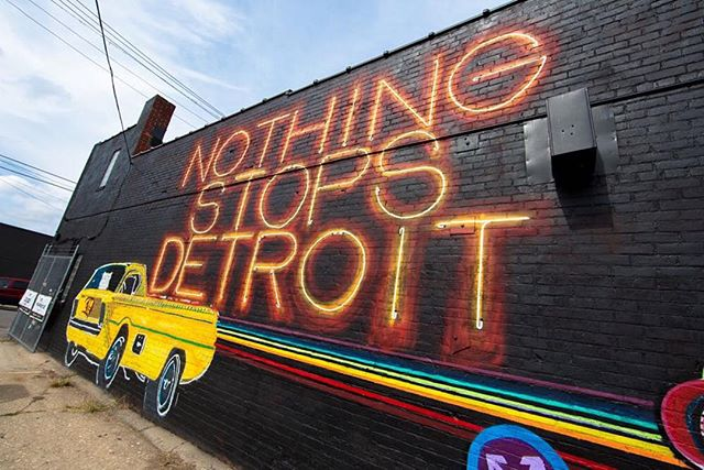 NOTHING STOPS DETROIT 🎯 Finished wall from @doylehuge for @muralsinthemarket  Check out all 45 NEW MURALS AT News.1xRun.com - also be sure to grab limited edition prints and original artwork at the link in our bio to help support these artists and this event!  #1xrun #innerstategallery #muralsinthemarket 📷:@thepharmacyco #nothingstopsdetroit