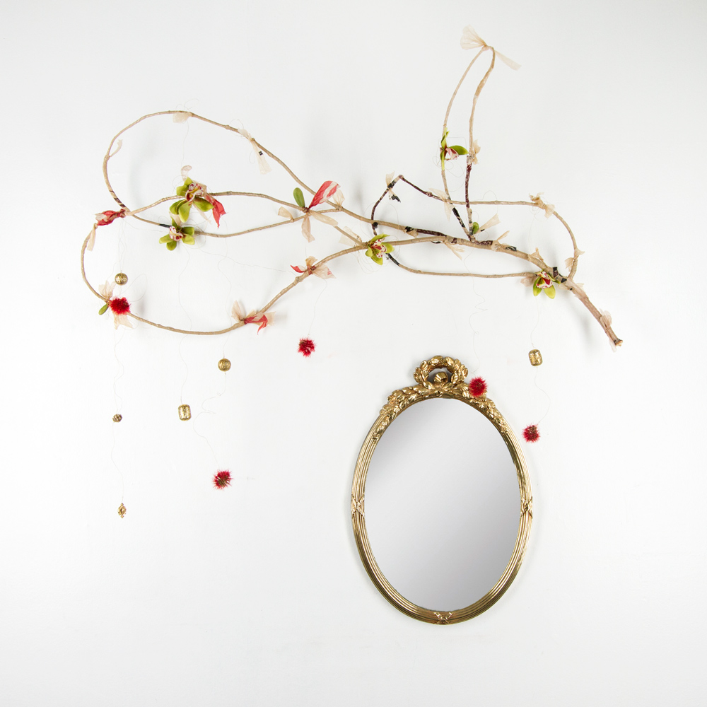 dessi-terzieva-good-mirrors-arent-cheap-36x38-collector-preview-01.jpg