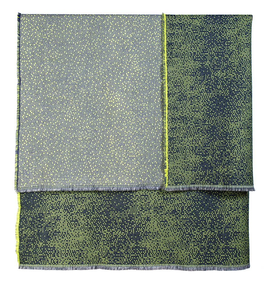 Silicium green - Throw 139 x 180 cm     Composition : wool 95% silk 5%