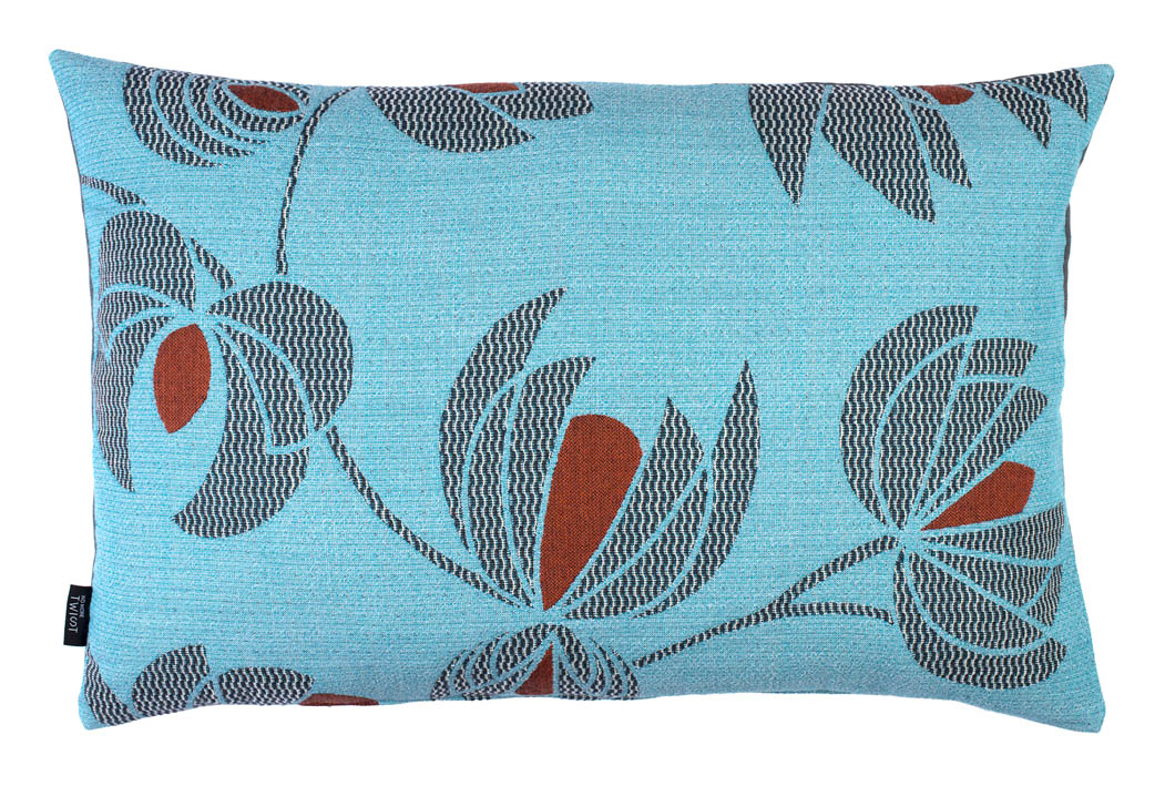 Volubilis blue - cushion      45 x 70 cm        front side:    wool 96% silk 4%     back side: dark grey linen 100%