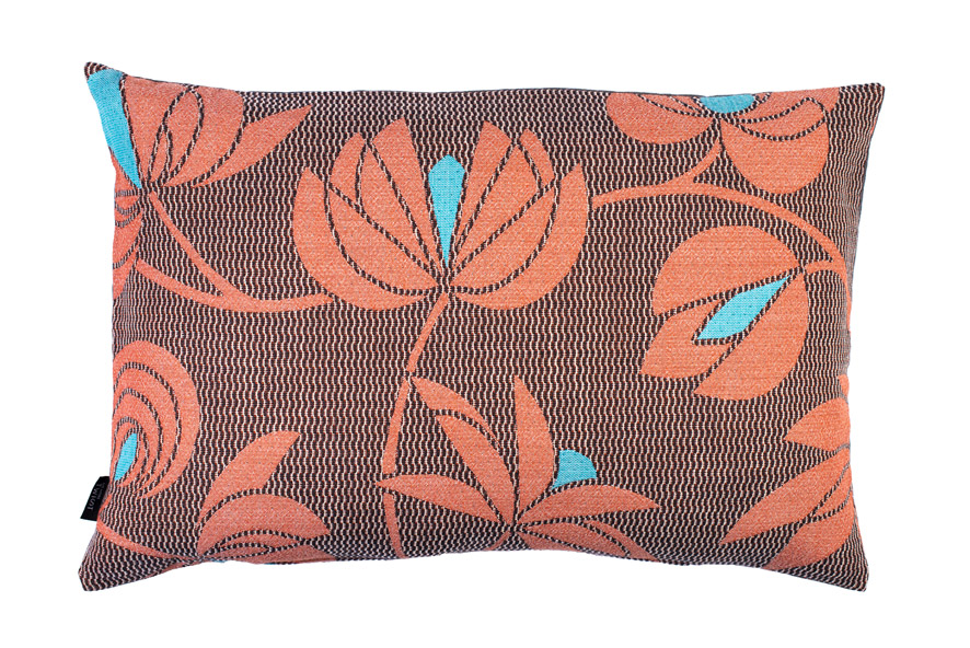 Volubilis coral - cushion      45 x 70 cm        front side:    wool 96% silk 4%     back side: dark grey linen 100%