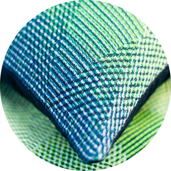 <see the lemon/fluo green variation of this pattern