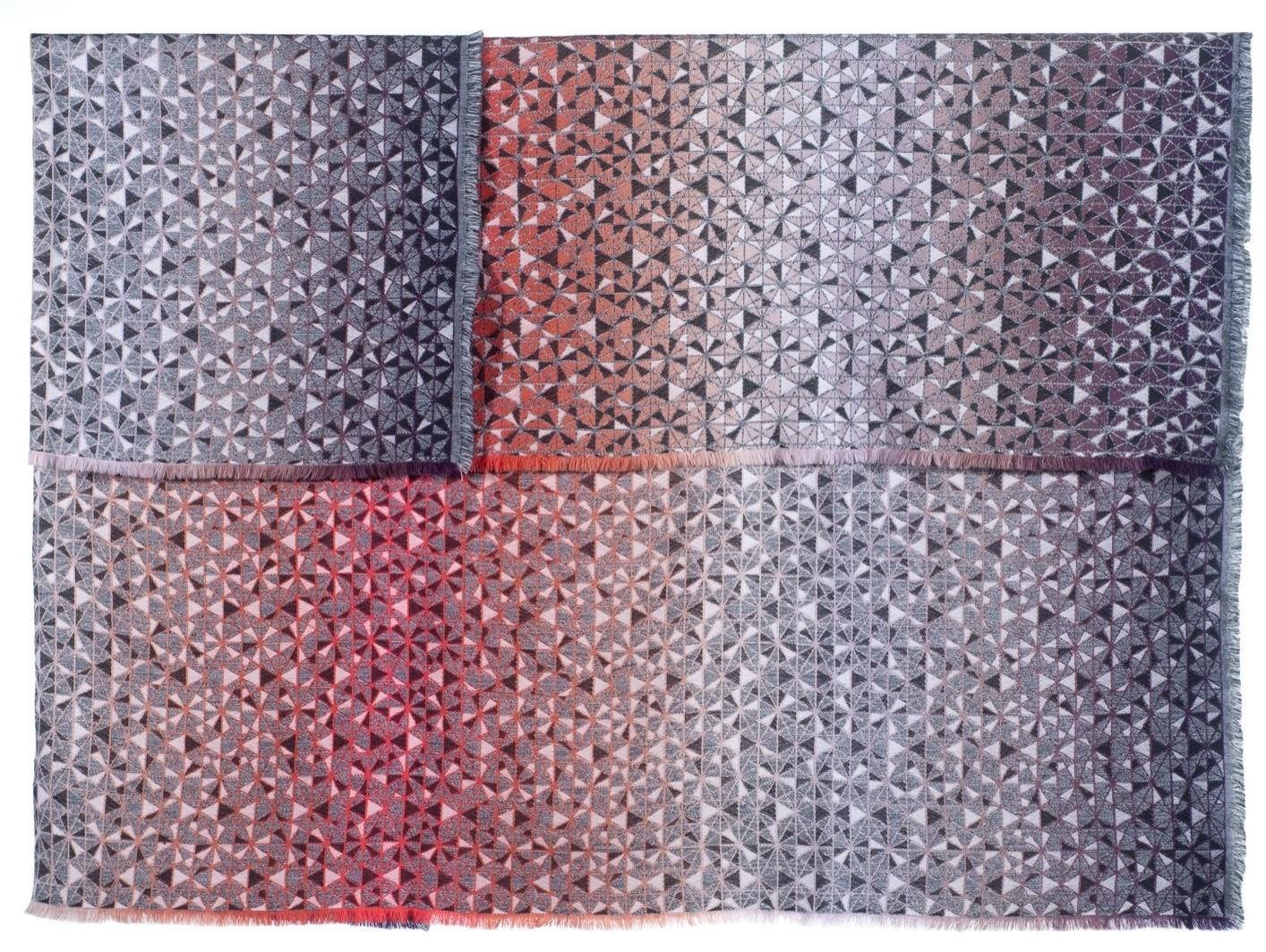cosmogony/orange - Throw140 x 200 cm  Composition: 95% laine, 5% soie