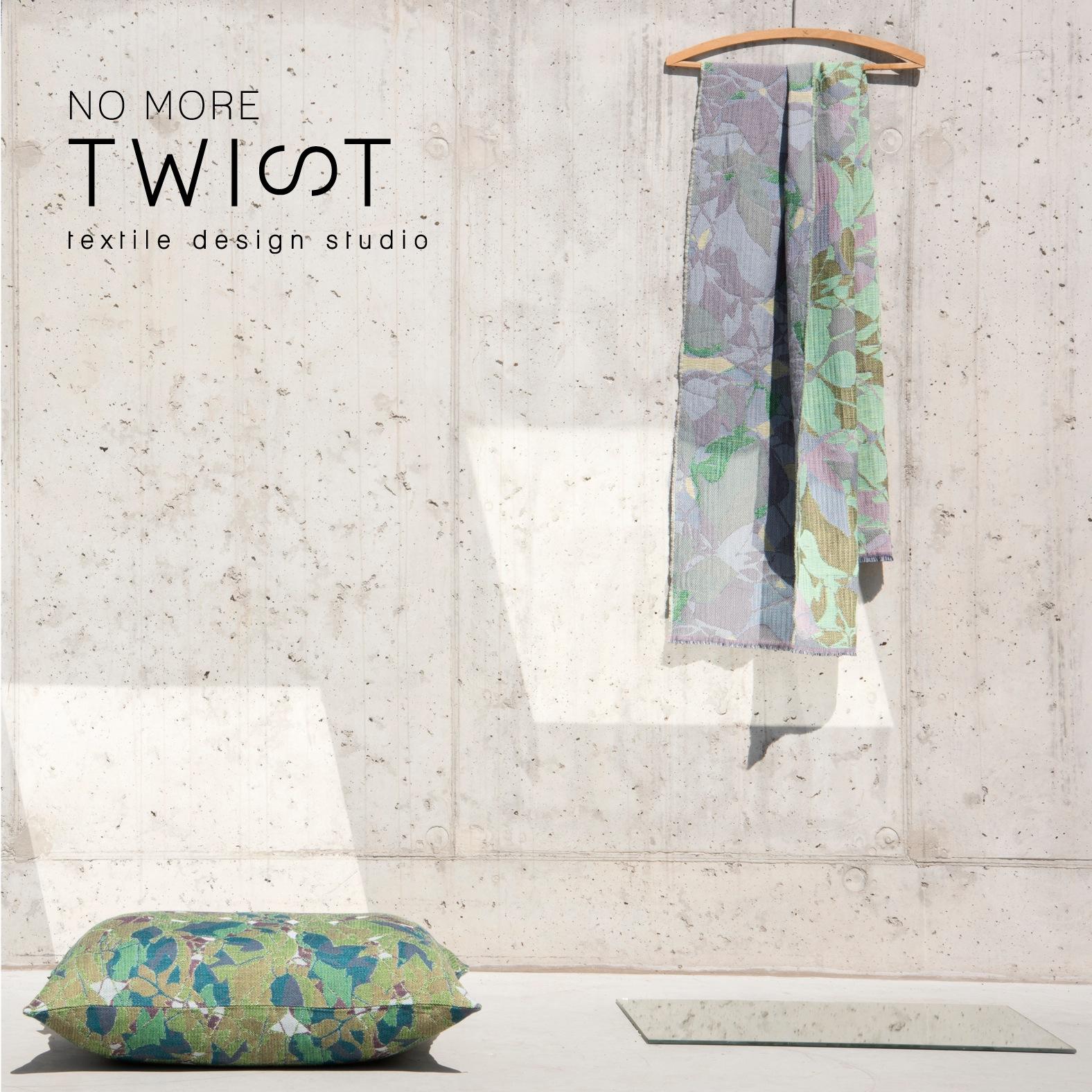 A la fois lieu de recherche et marque d'objets textiles, le projet  NoMoreTwist  réunit Marie Beguin, Anne de Prémare et Michèle Populer autour d'un métier à tisser. L'ADN de la marque, c'est le textile tissé. Chaque nouvelle réalisation part d'une réflexion sur le fil lui-même, son épaisseur, sa texture, sa couleur et, surtout, les multiples manières de l'entrecroiser. Les collections sont 100% produites en Belgique, en collaboration étroite avec un tisseur et un atelier de confection.