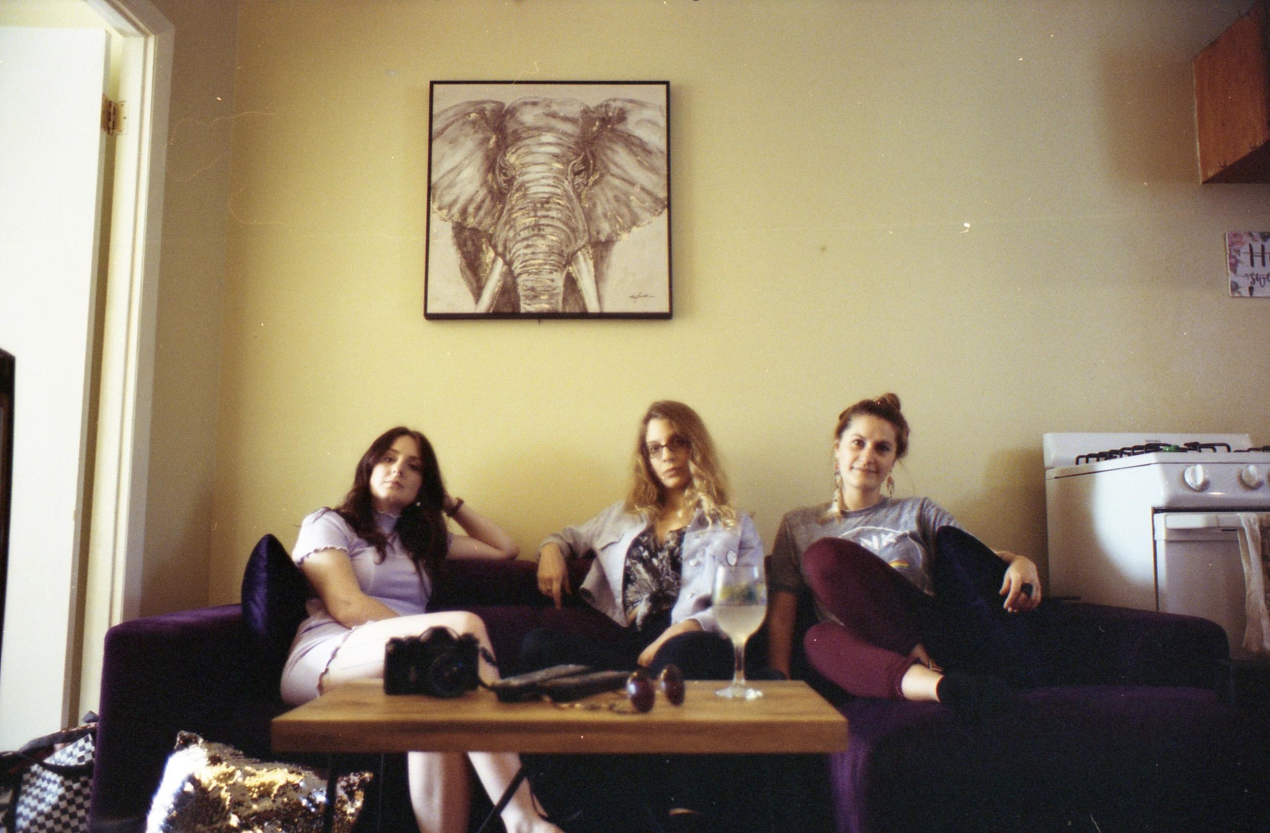 Nyc, 05/04/19. Three badass babes right here.