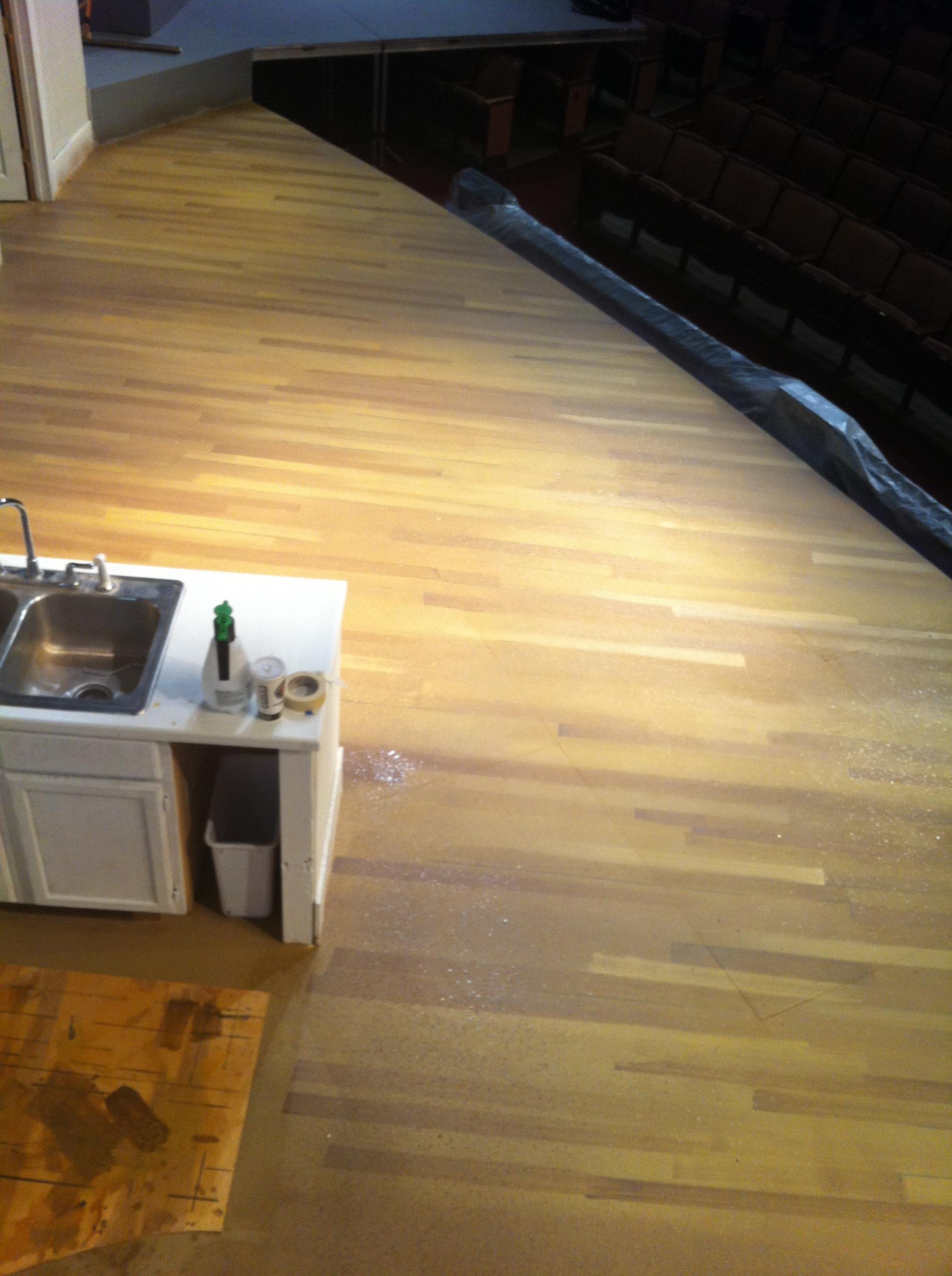 Woodgrain stagefloor