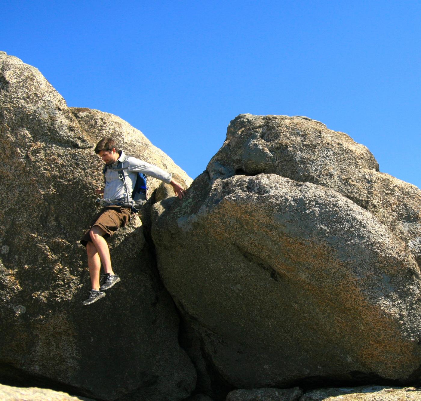old-rag-bouldering.jpg
