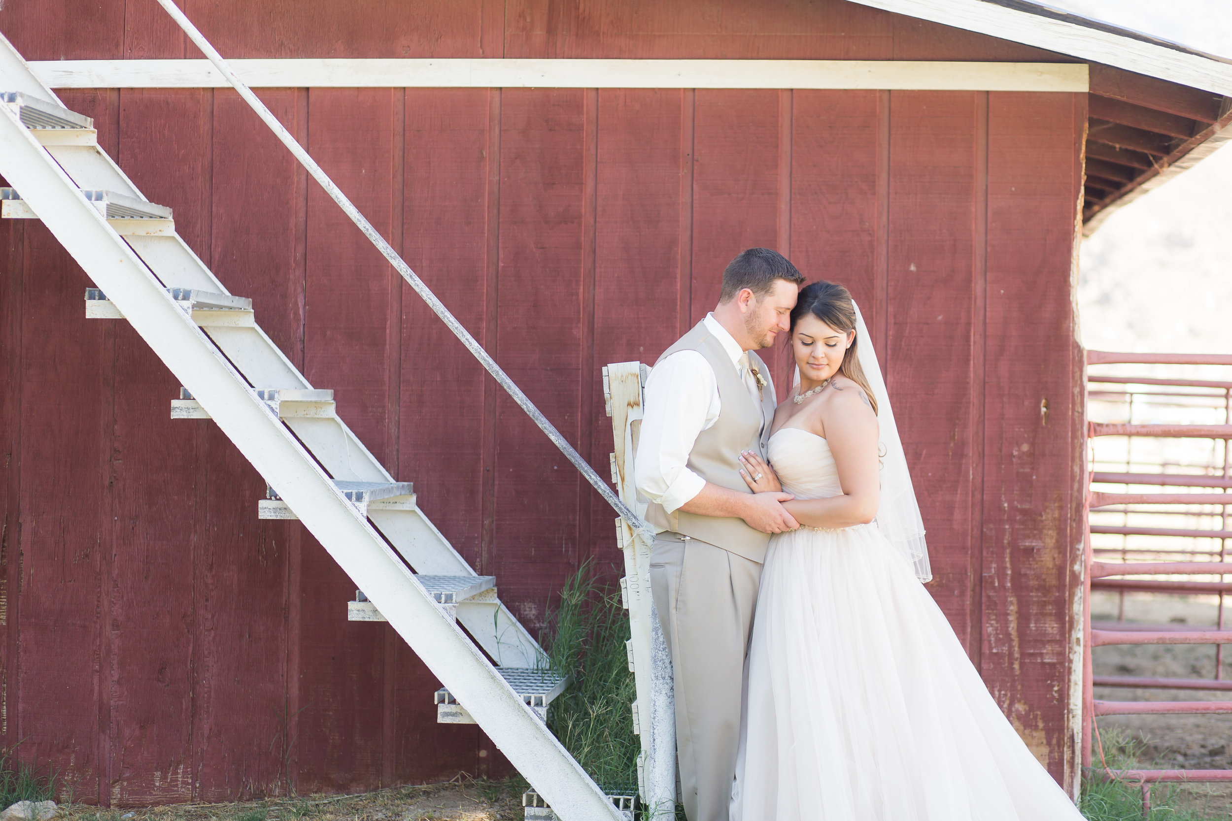 Brianna + James | Ridgecrest Wedding | Cinnamon Wolfe Photography