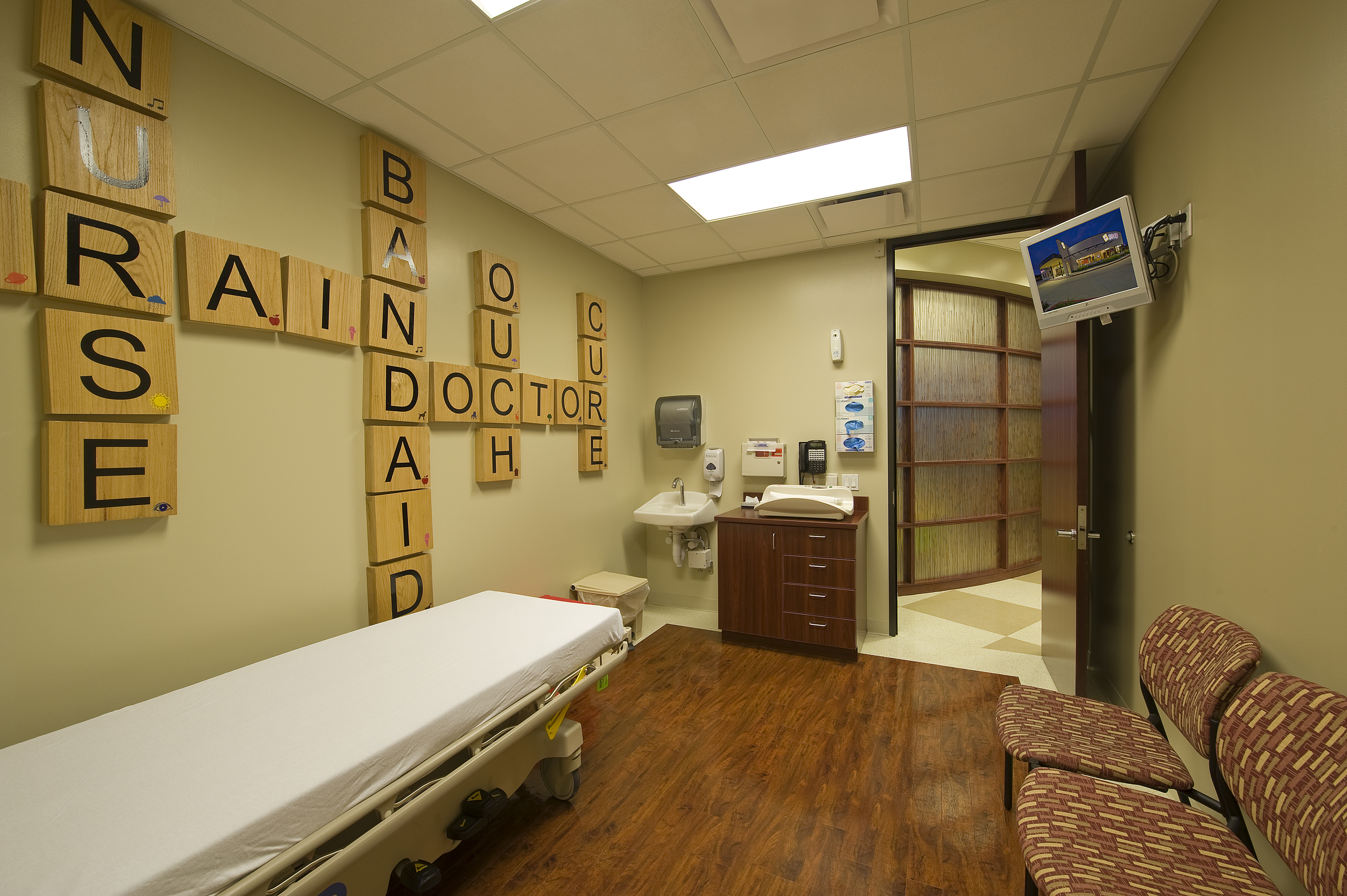Emergency Health Centre (7).jpg