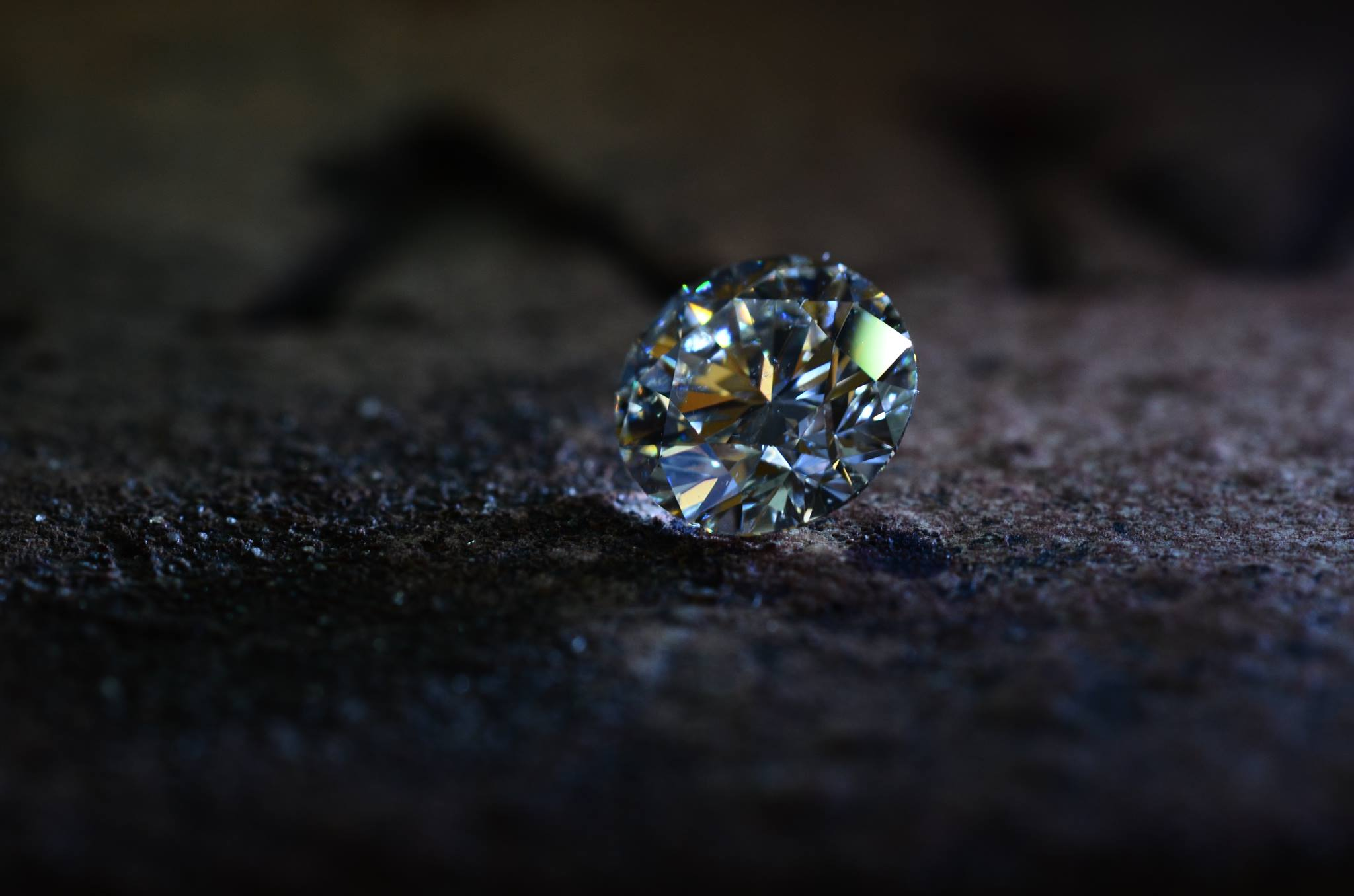 Ideal cut diamond on 100 year old brick.jpg