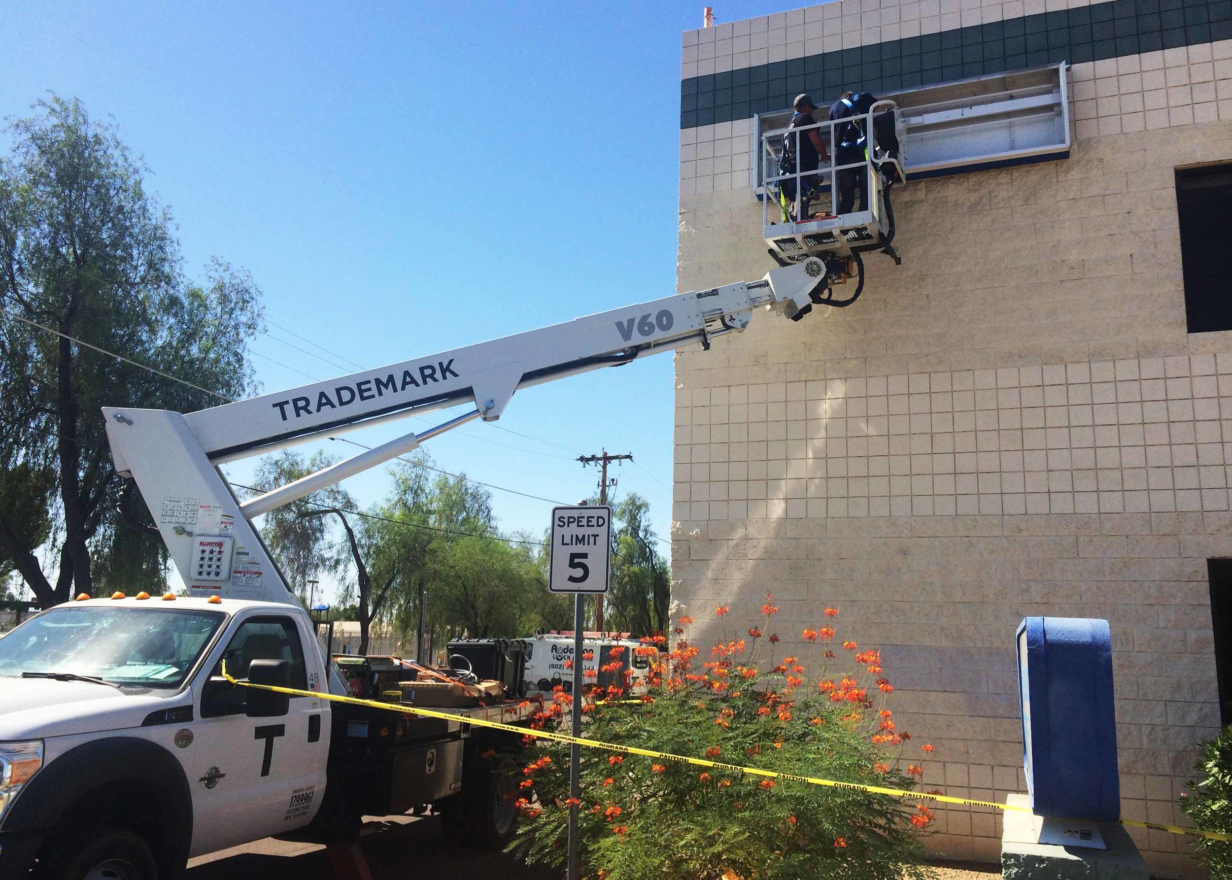 Sign removal North Sign 2 - AZACS Renovation Project.jpg