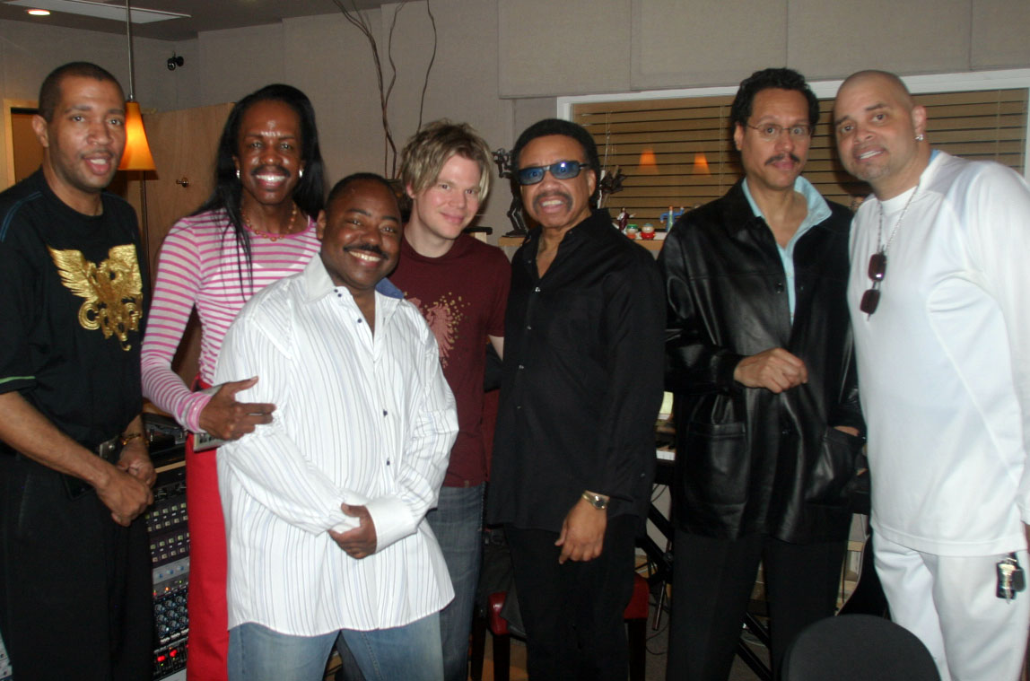 At the  Bringing Back The Funk  record release party. L-R: Sheldon Reynolds, Verdine White, Paul Jackson, Jr., BC, Maurice White, Larry Dunn & Sinbad