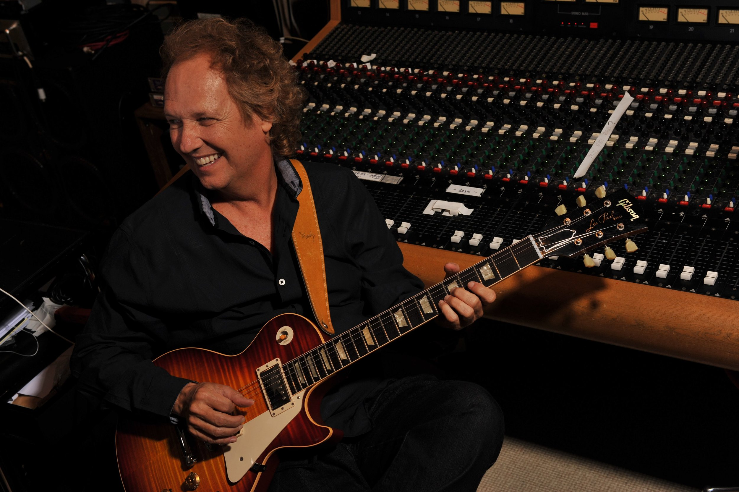 Lee Ritenour.jpg