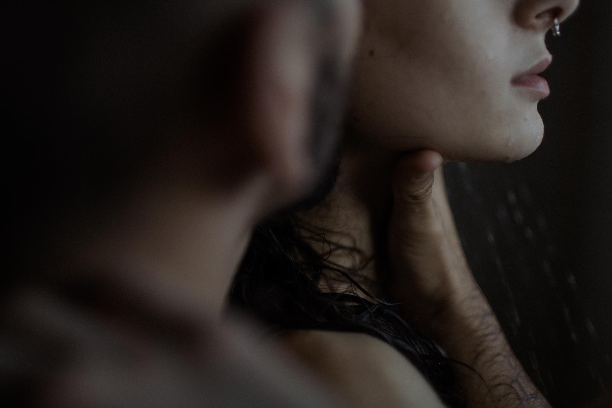 in home couples session sexy boudoir photographer dayton columbus cincinnati cleveland ohio photography