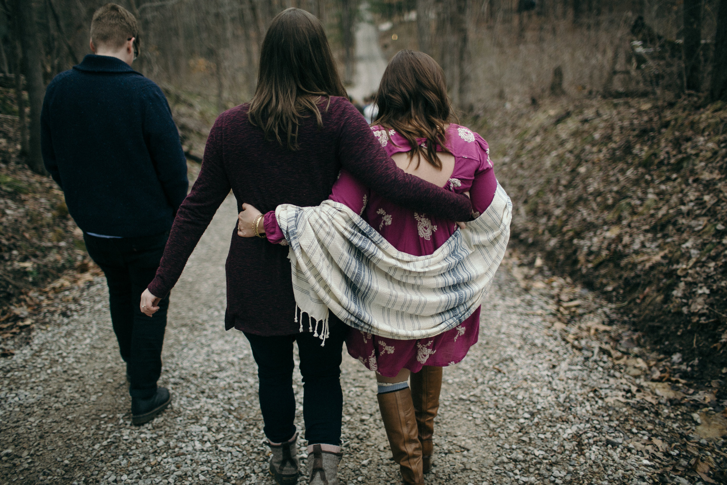 jake and krysti cincinnati ohio engagement photographer sarah rose hocking hills