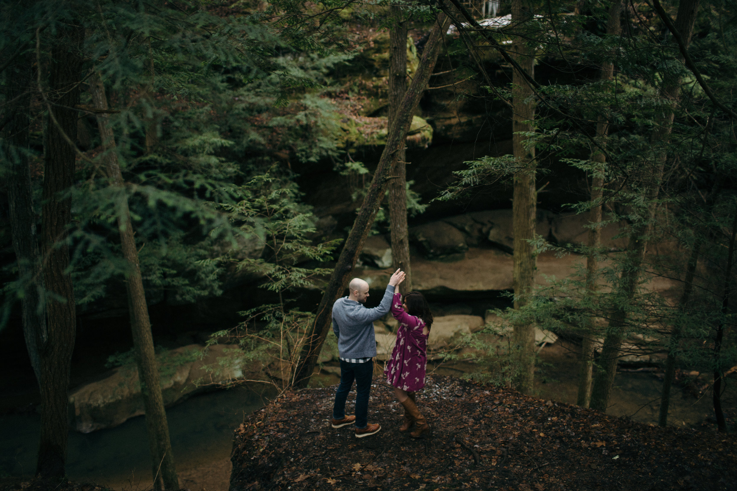 jake and krysti hocking hills ohio wedding photography by sarah rose