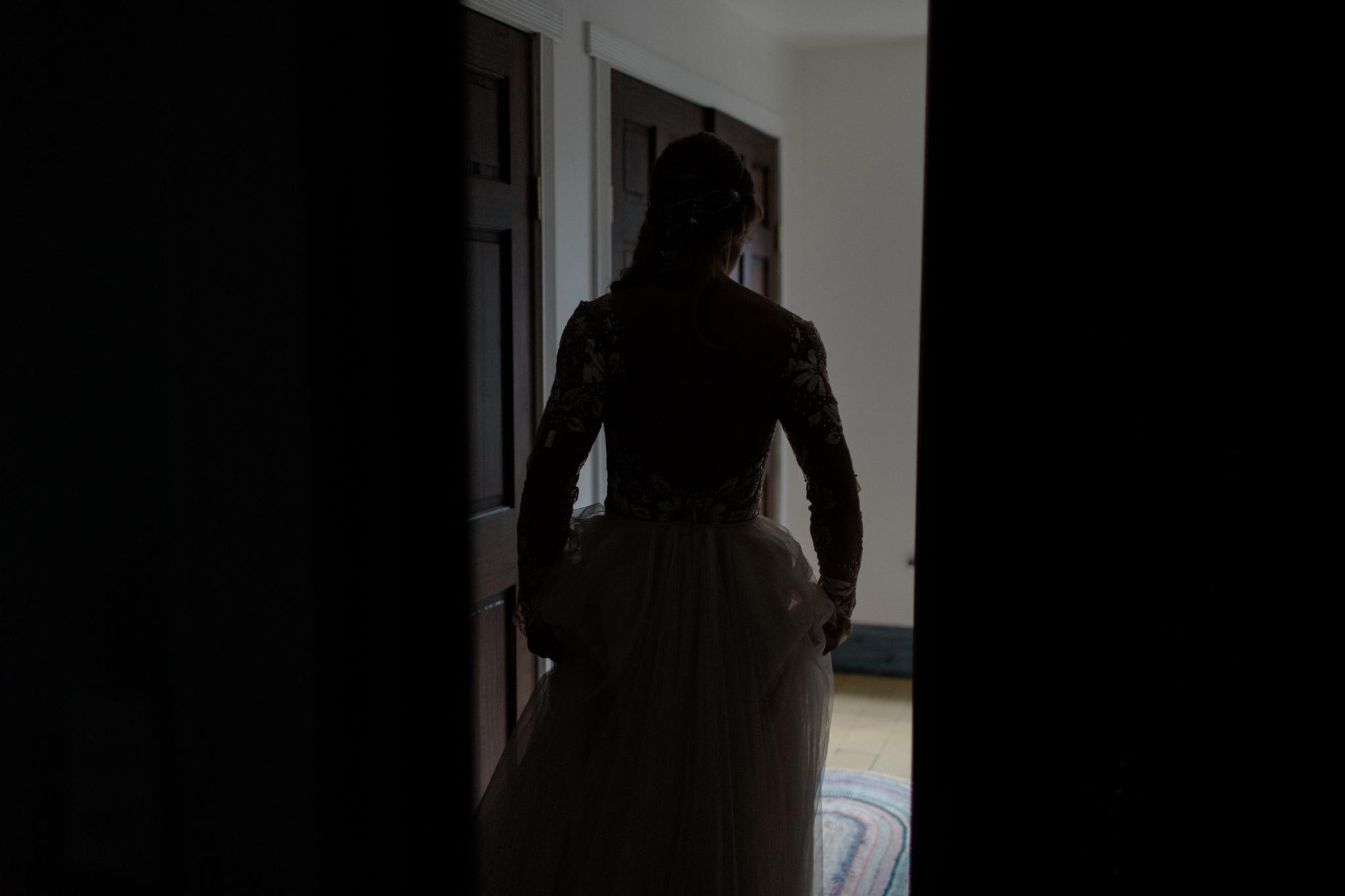 canyon run ranch wedding bohemian wedding photographer ohio bohemian wedding dayton ohio wedding photographer columbus ohio wedding photographer sarah rose hayley paige wedding dress