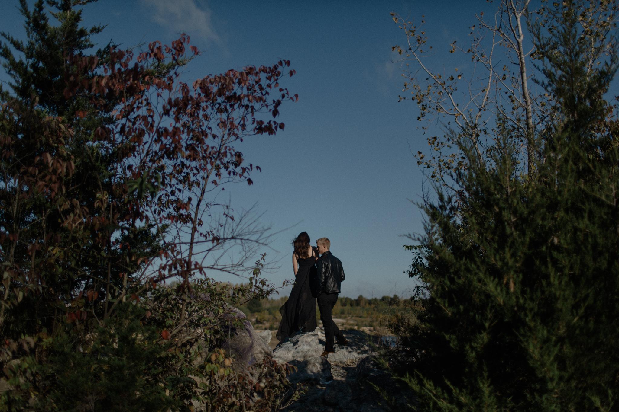 caleb emily engagement photos sarah rose photography dayton columbus cincinnati ohio desert inspired session