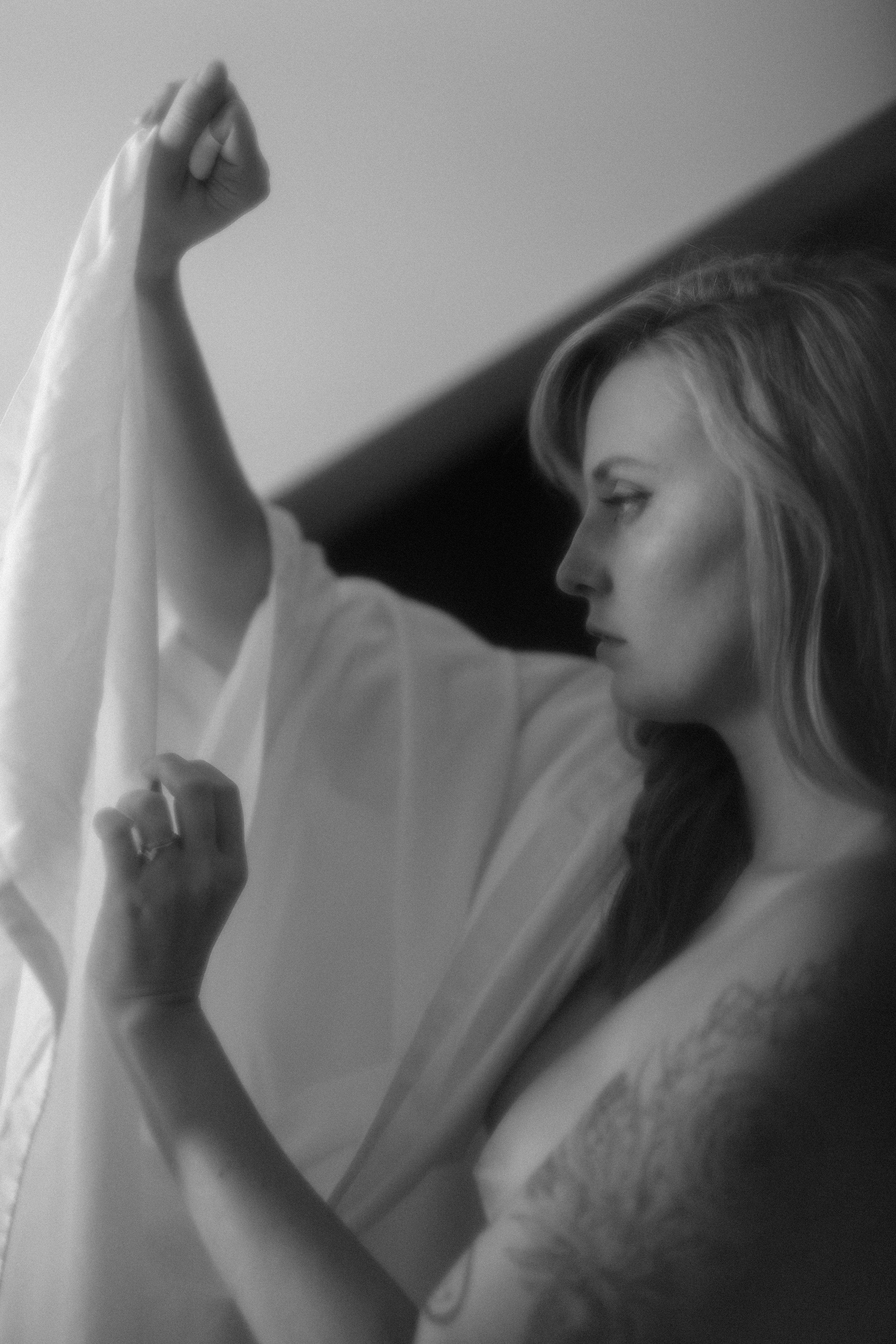 editorial portrait photography. sarah rose photography. ohio portrait photographer. hazy portrait photography