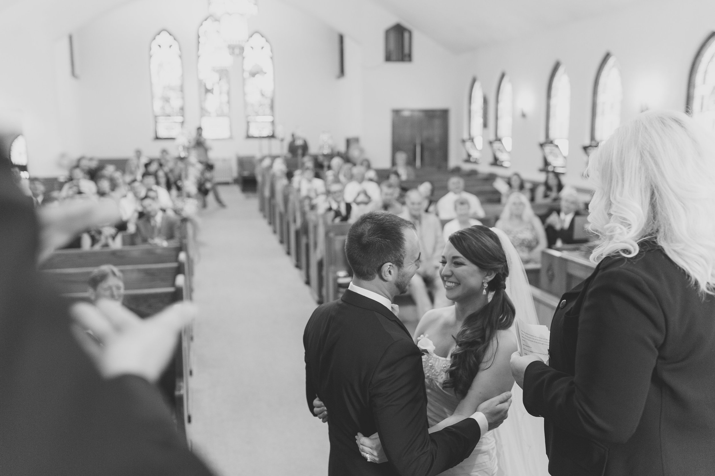 Bride-and-groom-at-the-altar