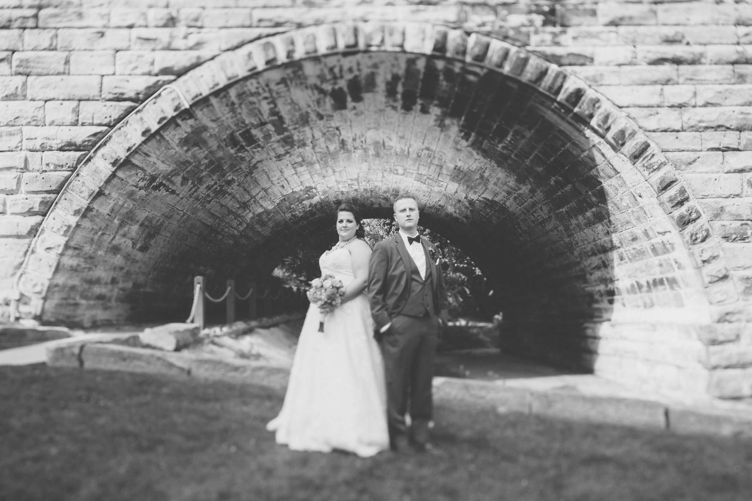Bride_and_groom_at_Kent_Ohio_Dam