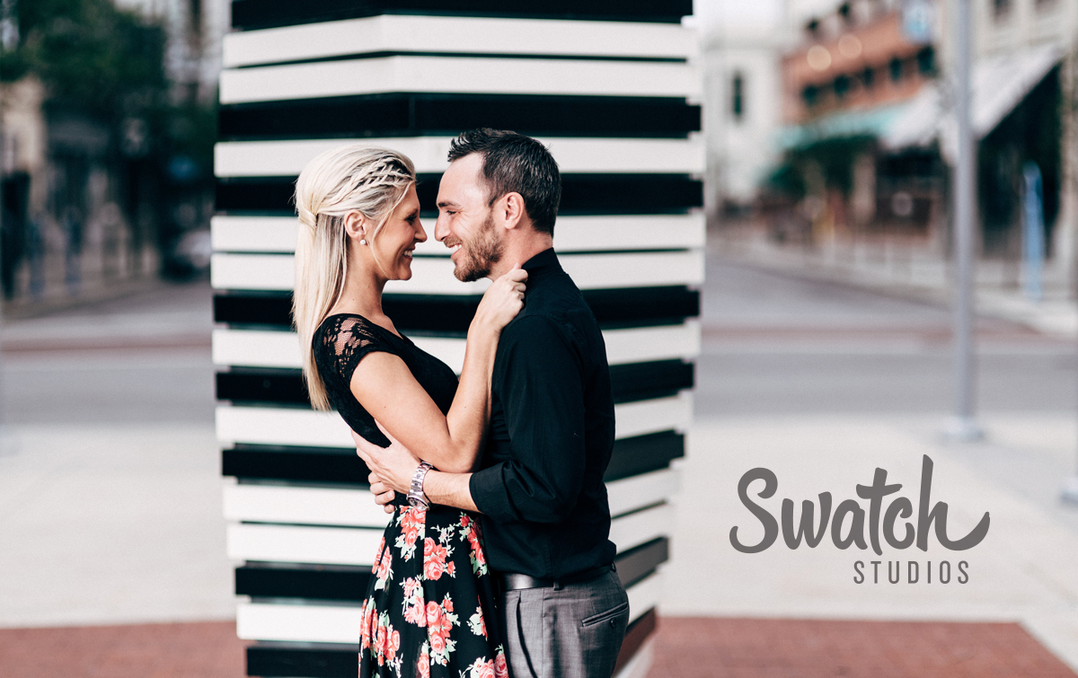 Downtown_Toledo_Engagement_Session