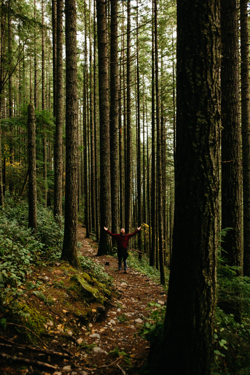 Hiker_on_Mount_Si