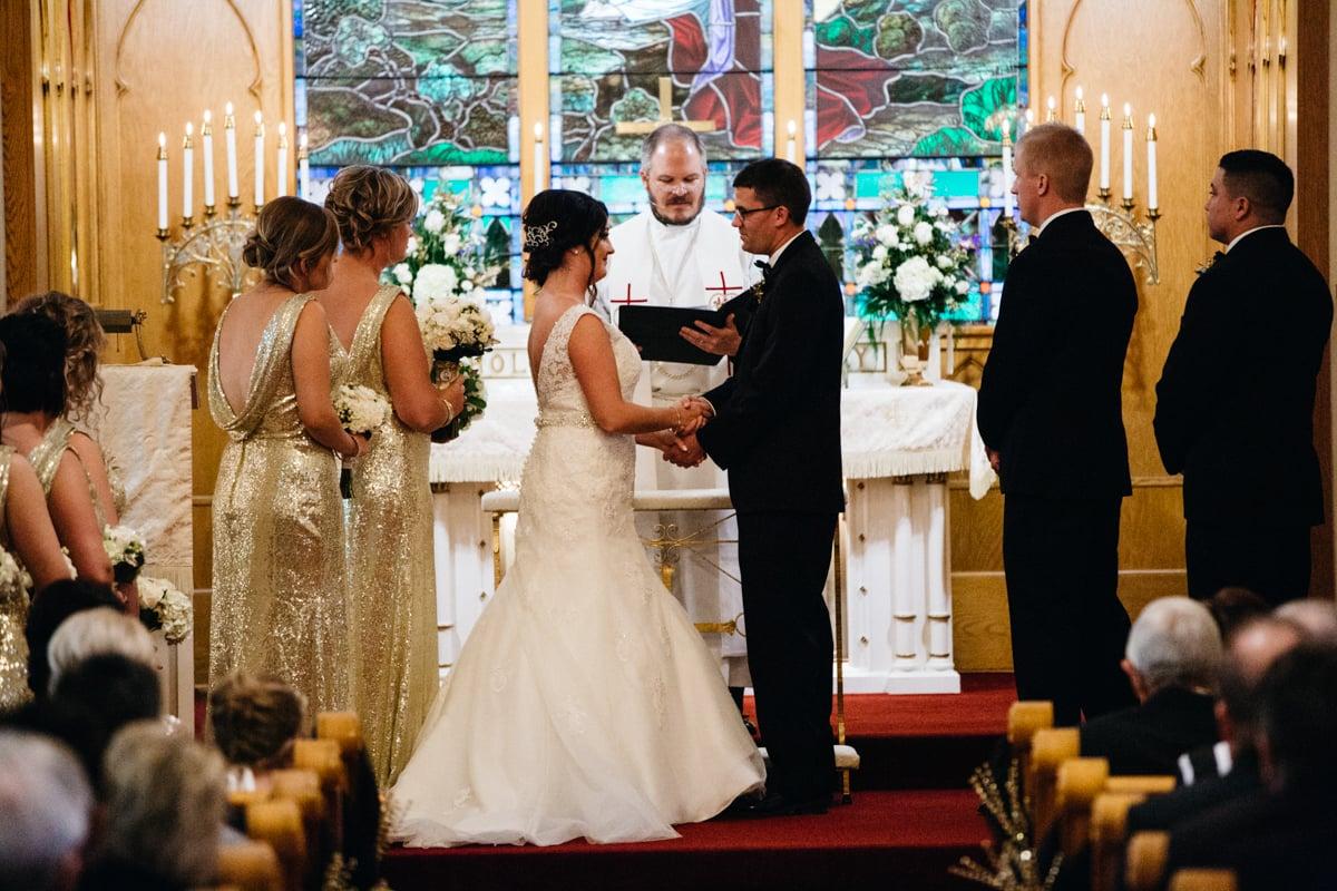 December_Wedding_Ceremony