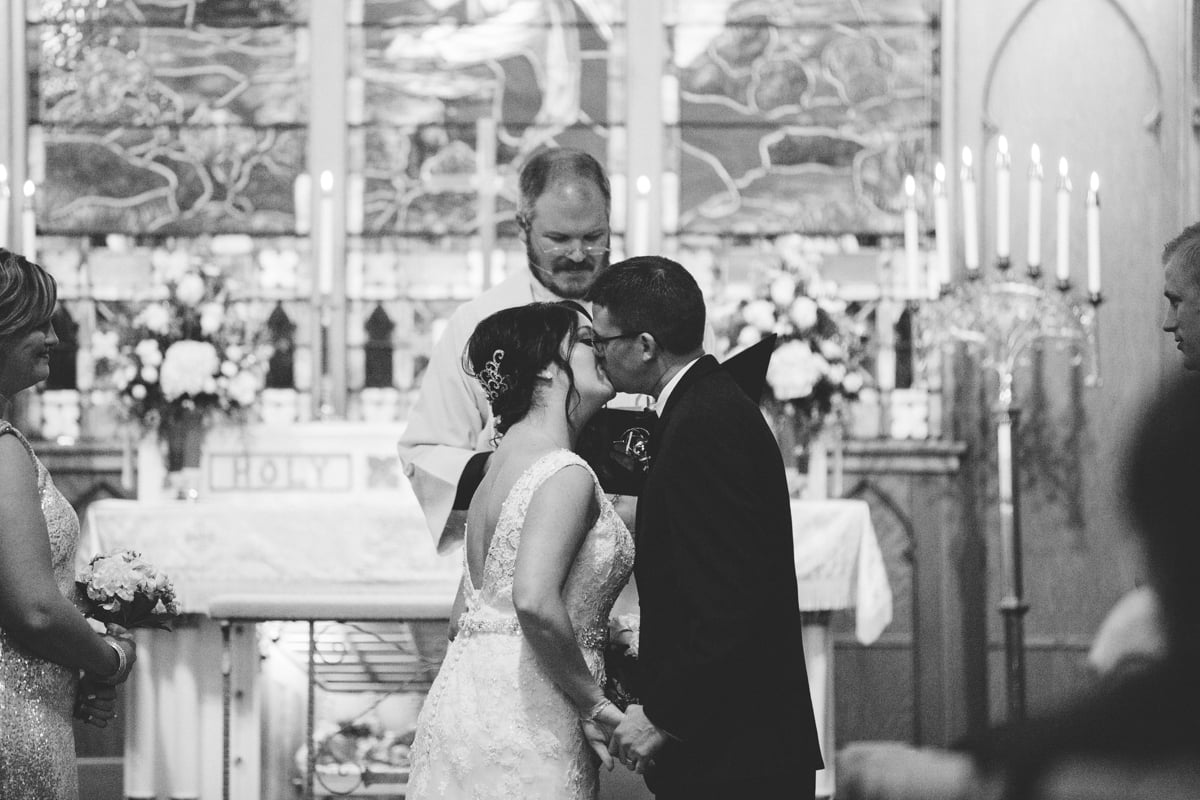 Bride_and_Groom_Wedding_Ceremony
