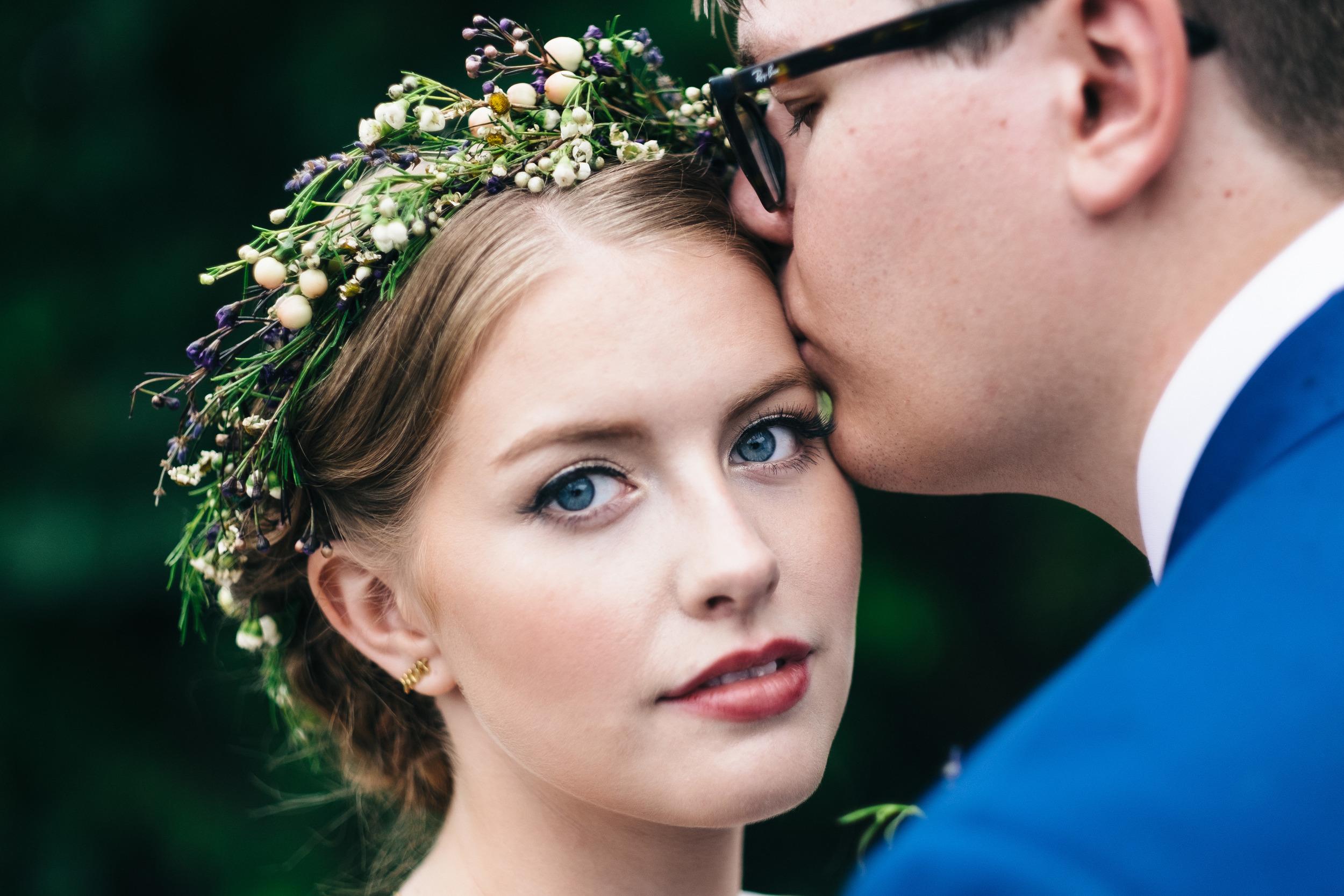 Gorgeous bride with elegant floral crown from La Boutique Nostalgie.