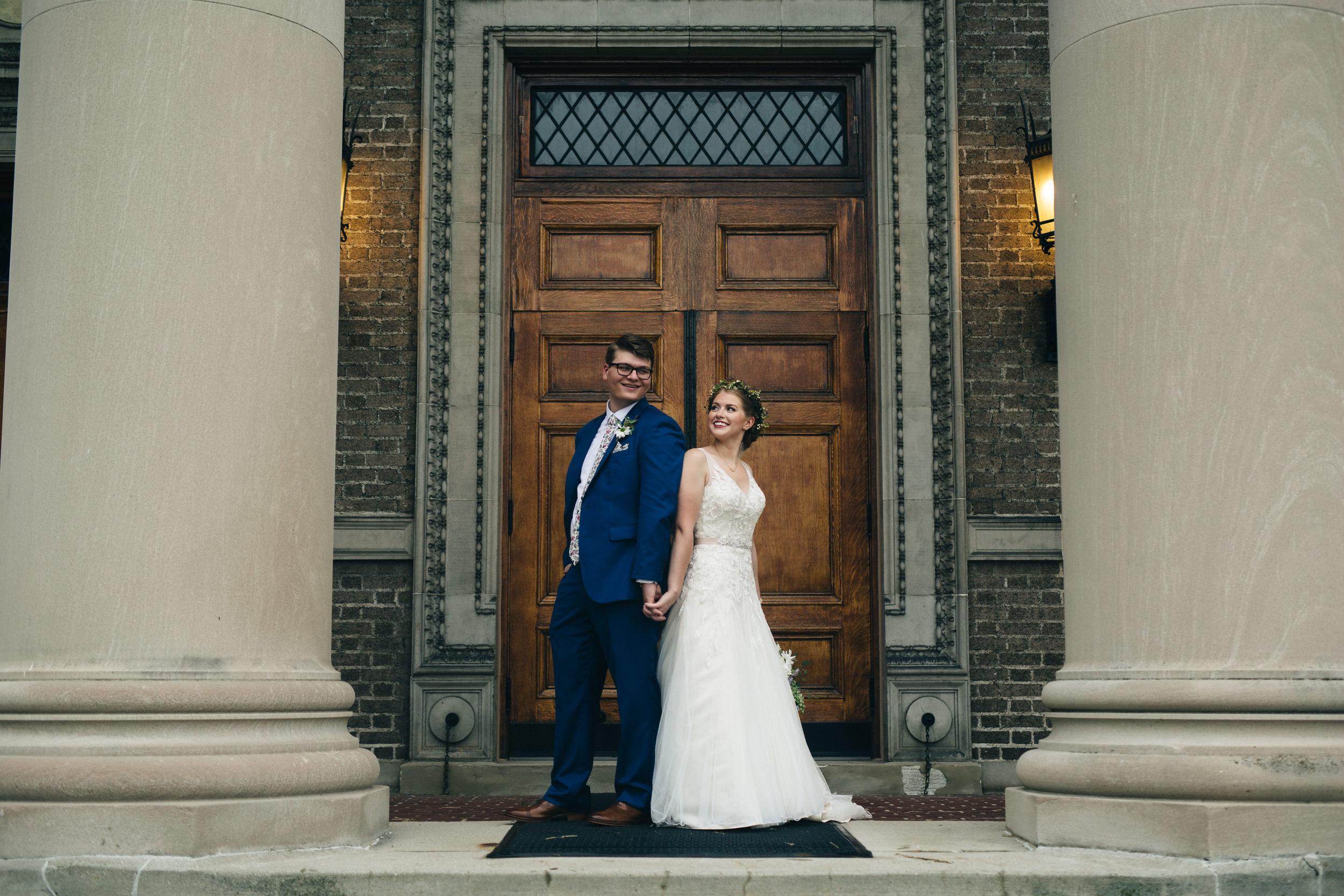 Bride and groom wedding photography.