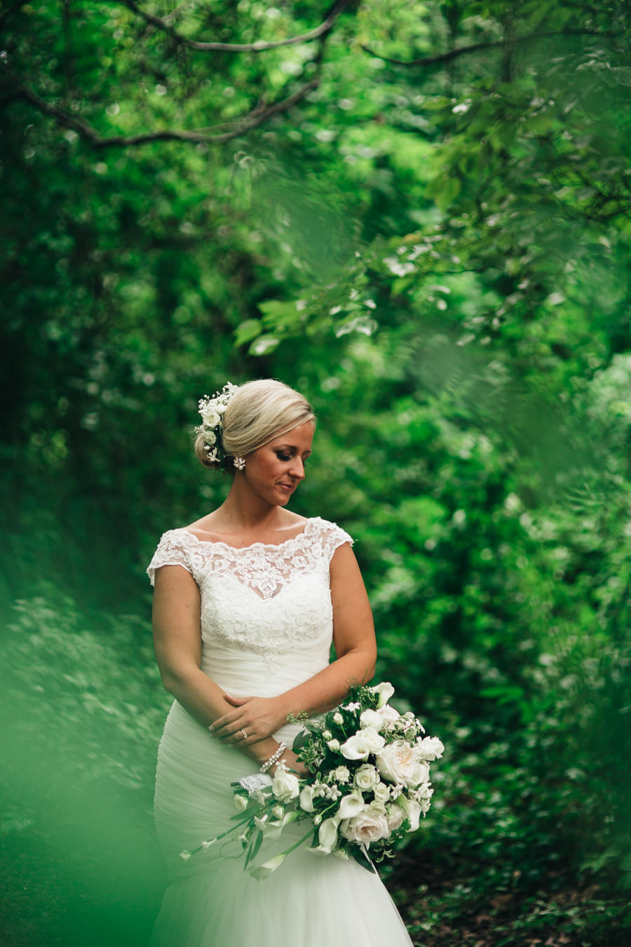 Bridal portrait at Wildwood Metropark in Toledo, Ohio