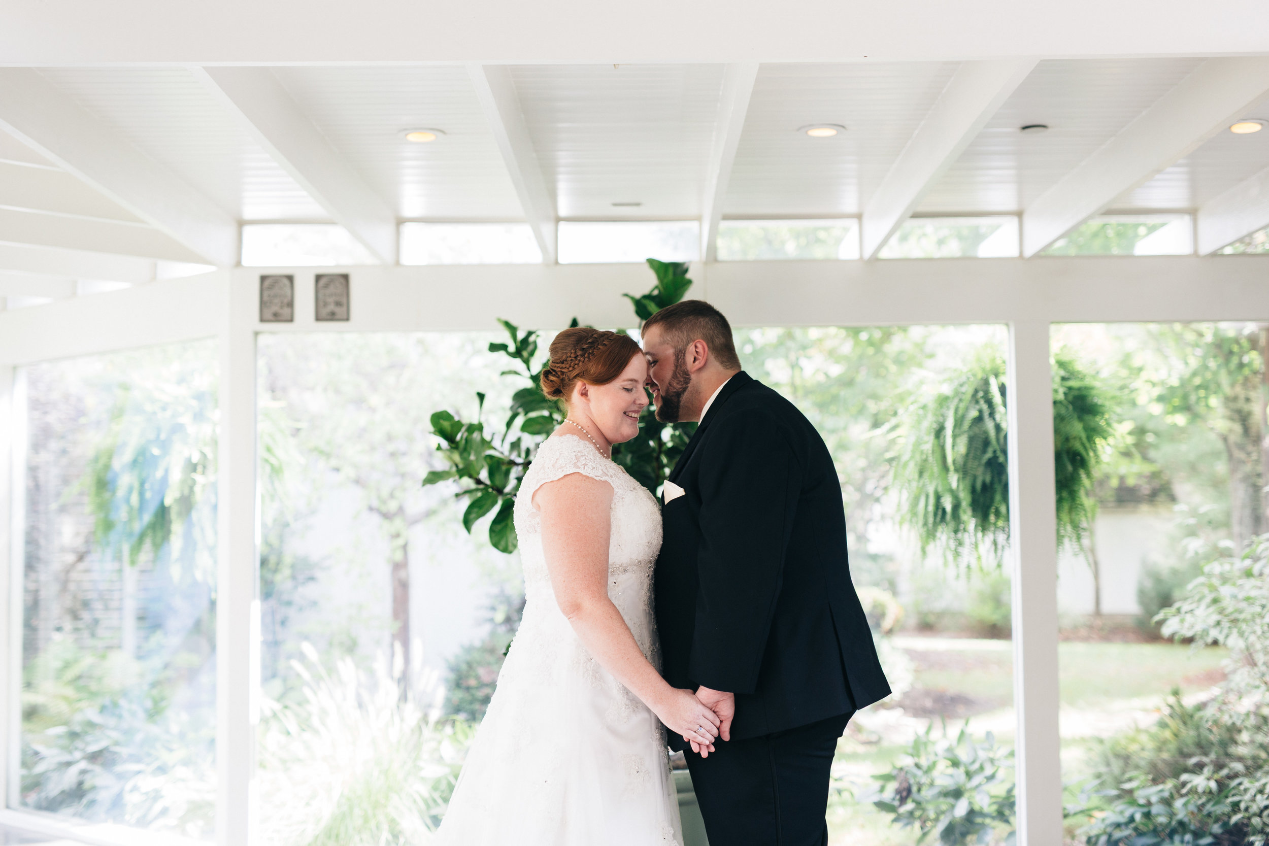 Bride and groom wedding photography at Walden Inn & Spa.