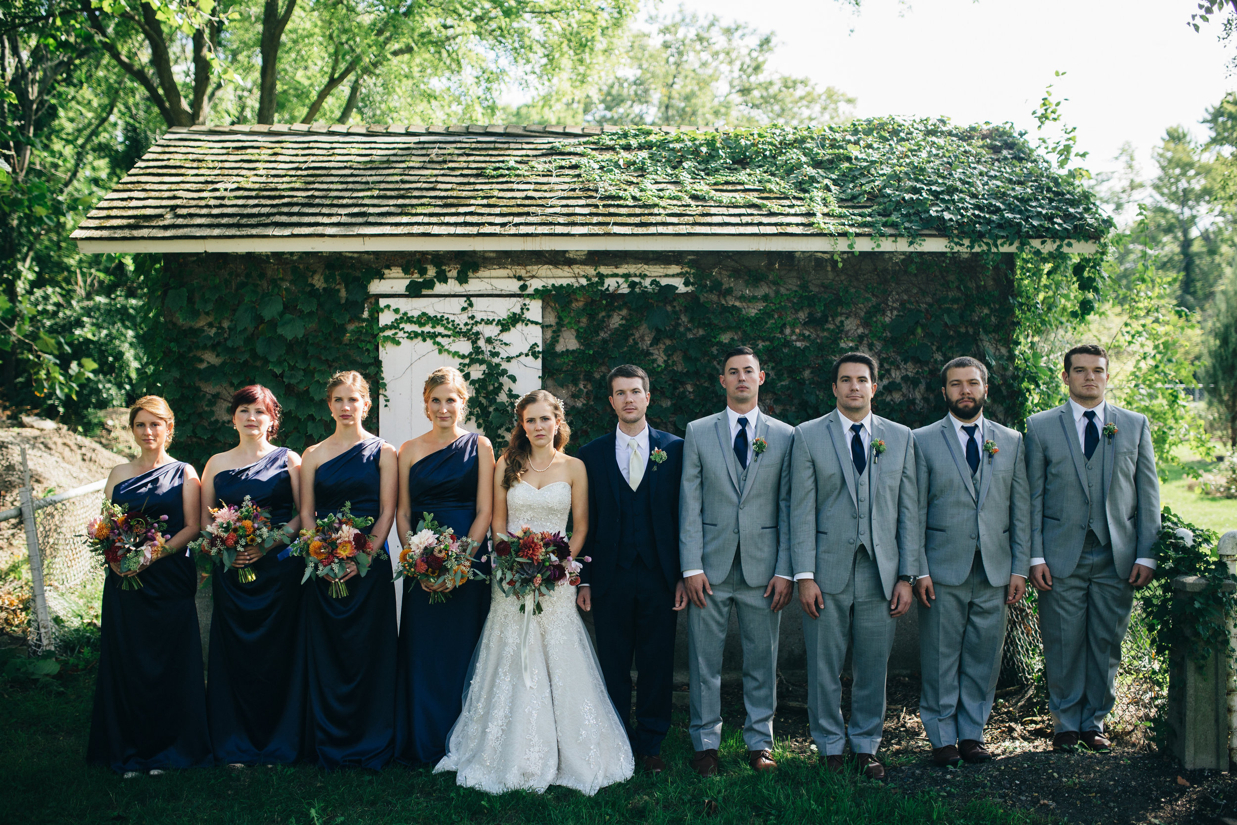 Bridal party inspiration for Fall wedding in Ohio