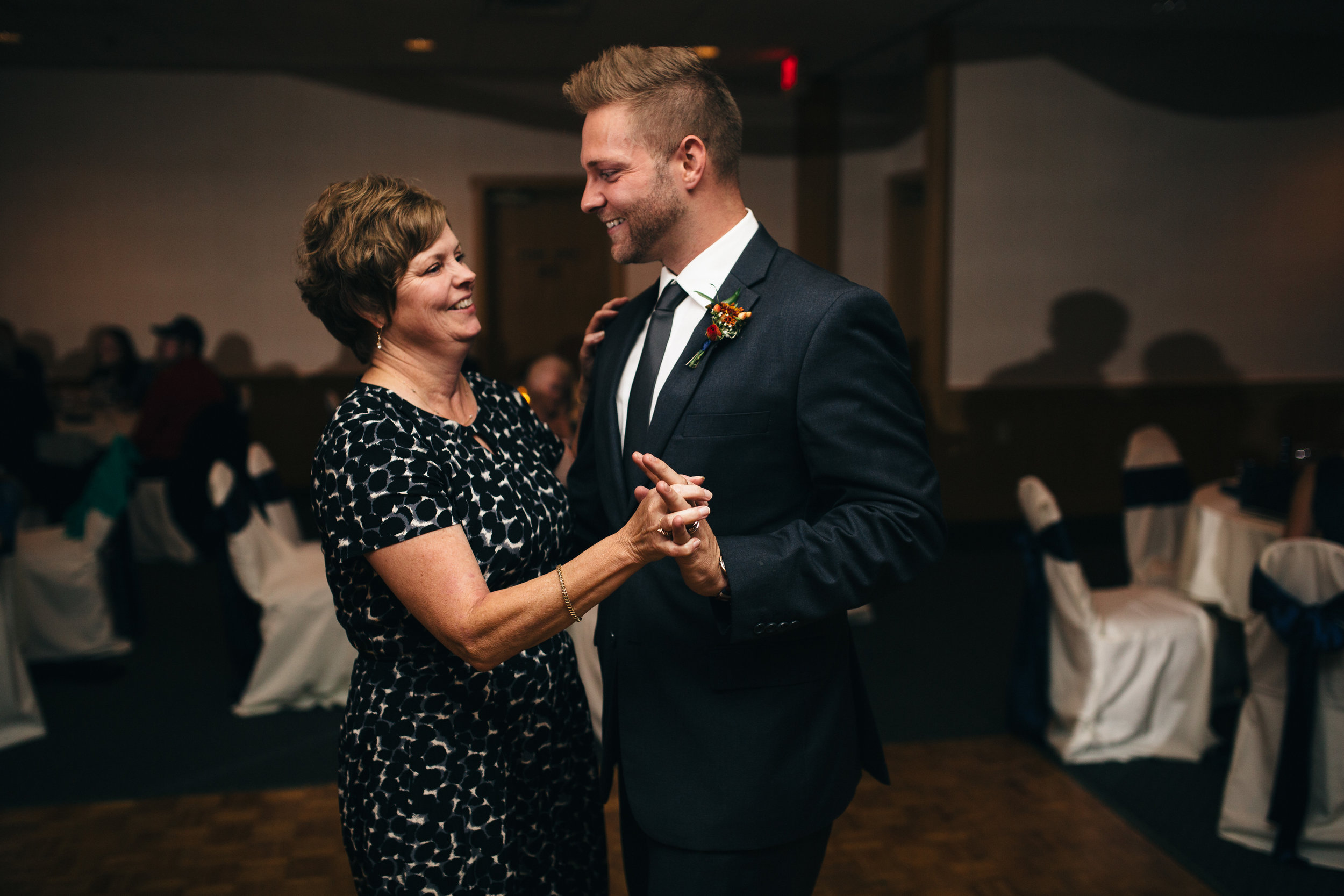 Wedding Reception at Stone Ridge Golf Club in Bowling Green, Ohio.