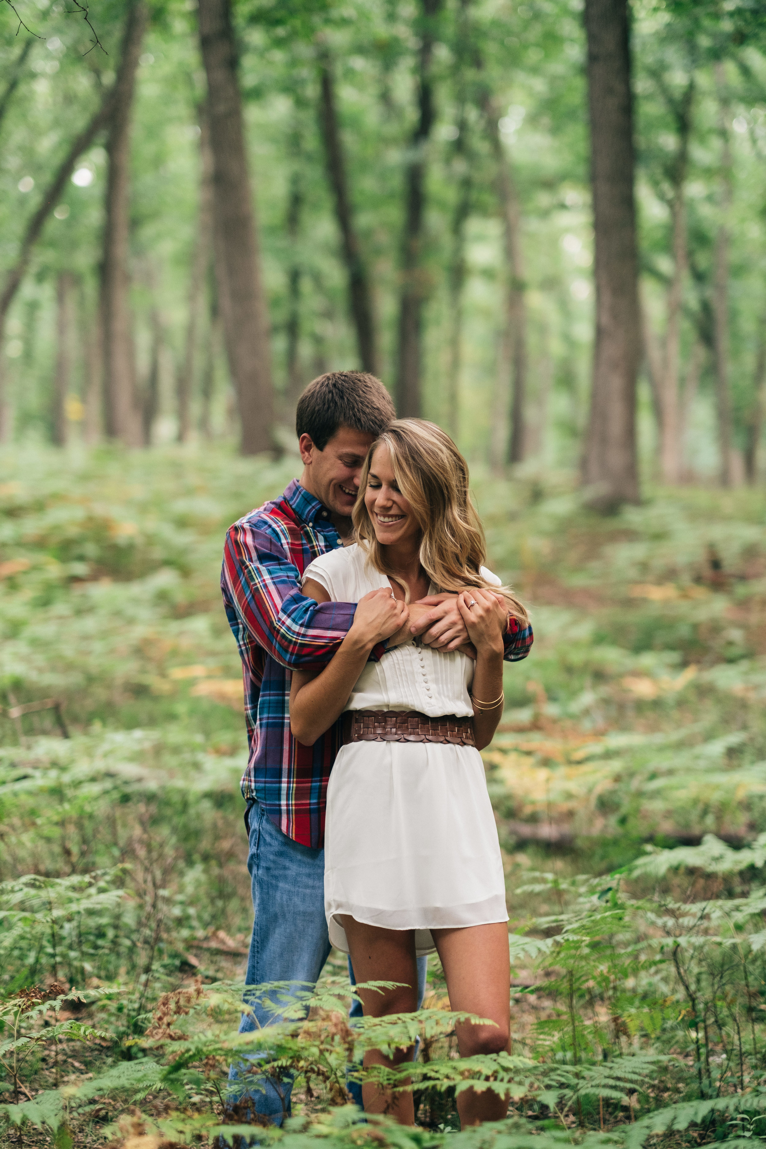 Cut outfit ideas for engagement session.