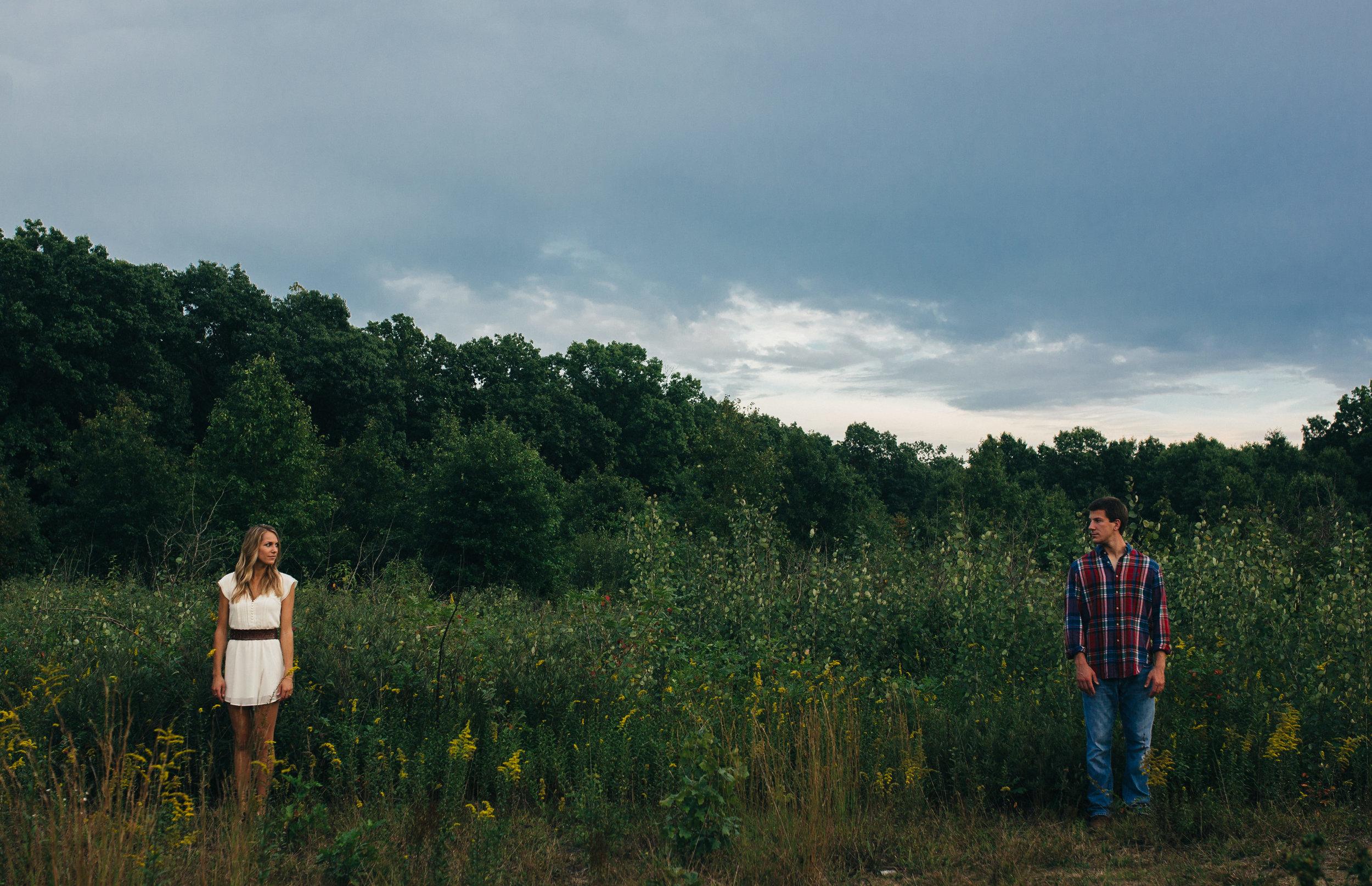 Toledo Ohio wedding photographer at Oak Openings.