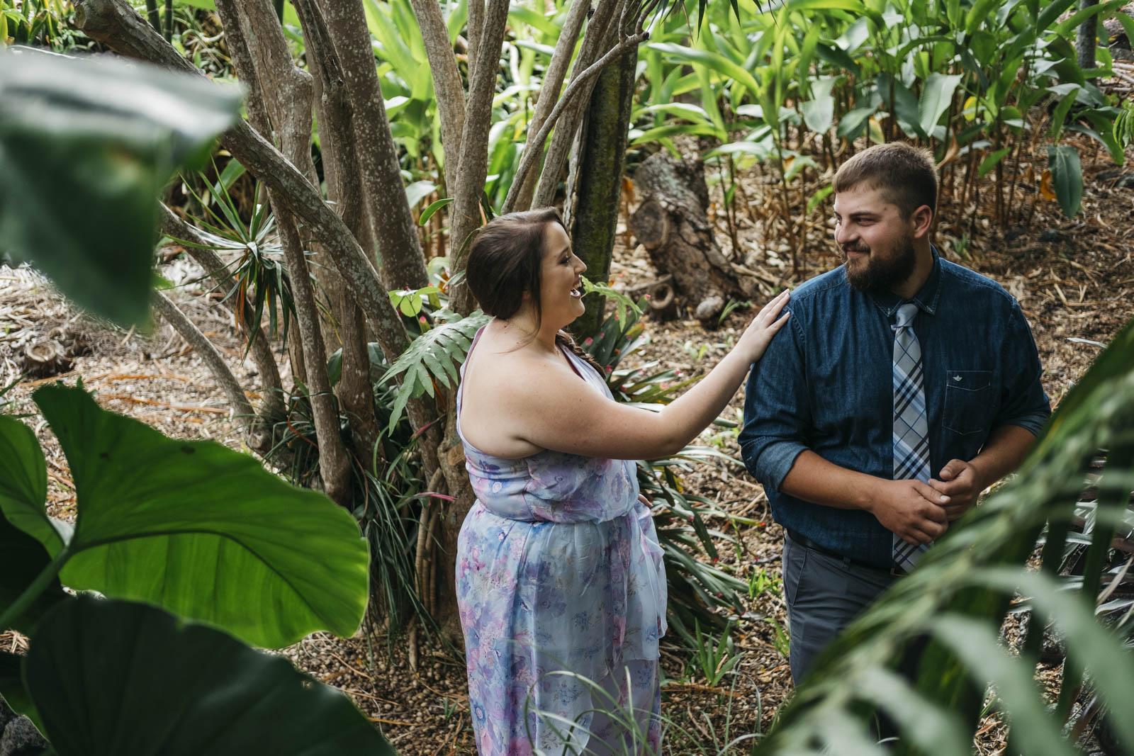 Destination wedding photography in Hawaii.