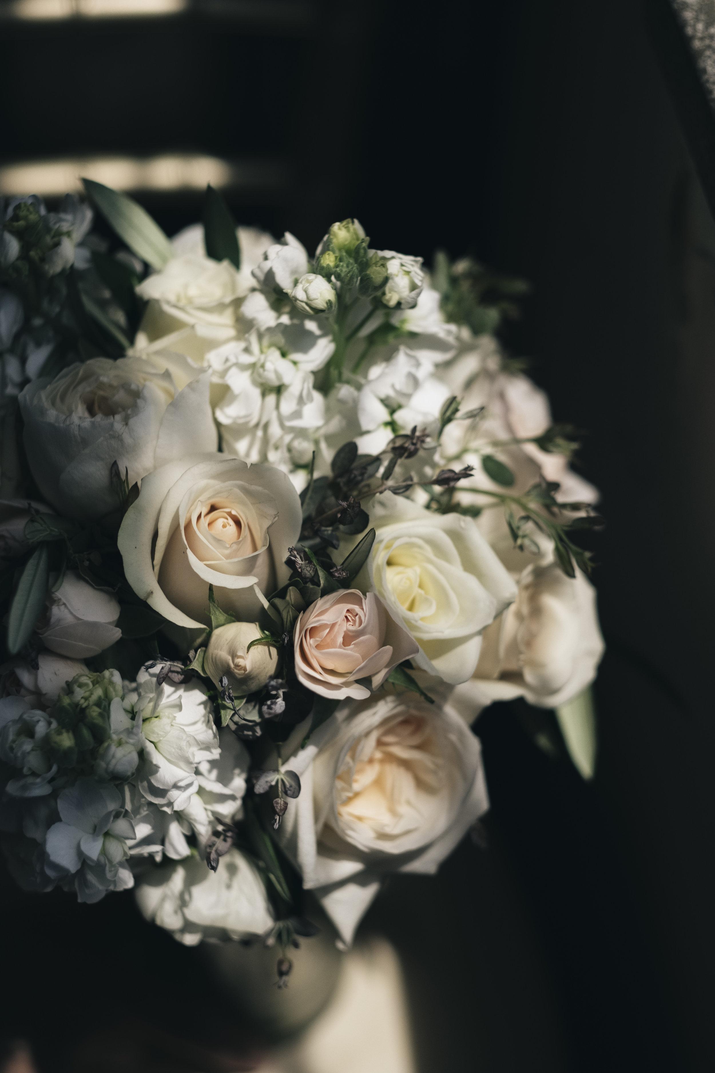 The bride's Bartz Viviano flowers.