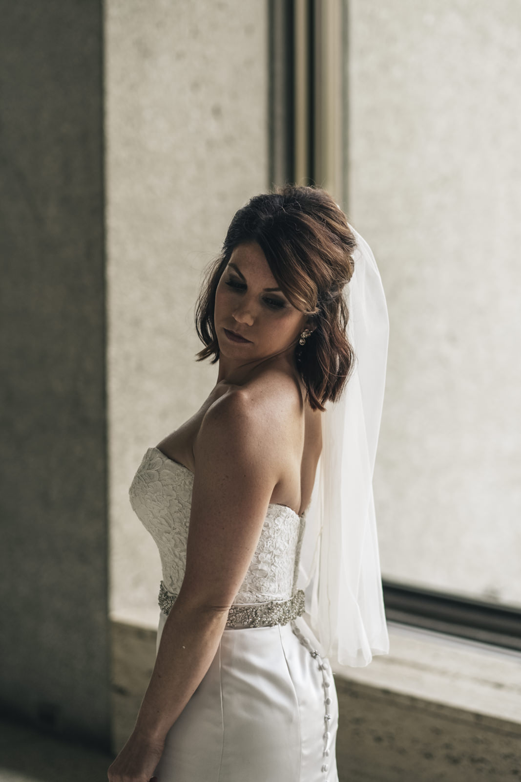 Picture of the bride before her wedding ceremony in Northwest Ohio.